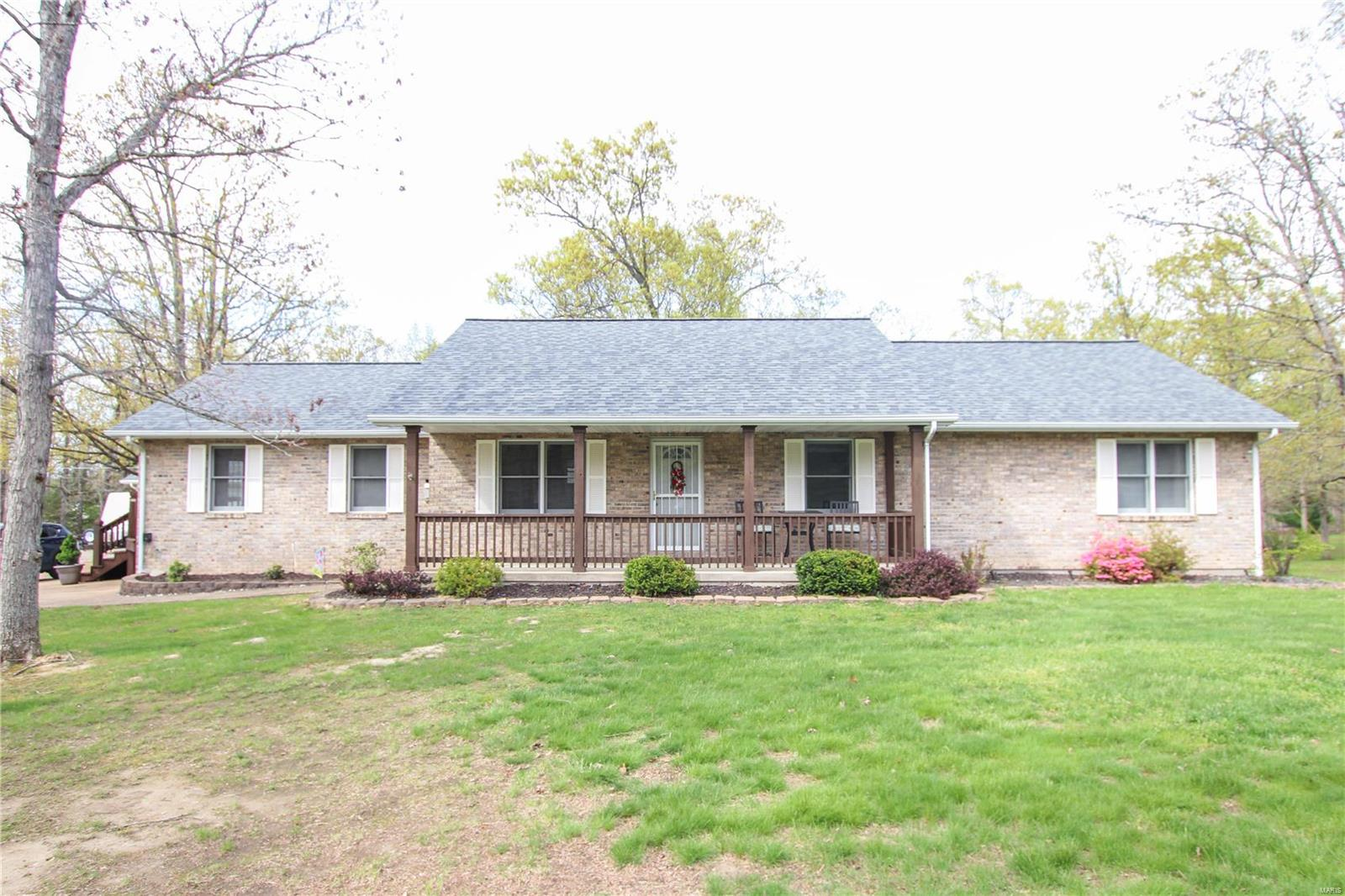 3133 Oak Valley Drive Property Photo - Bourbon, MO real estate listing