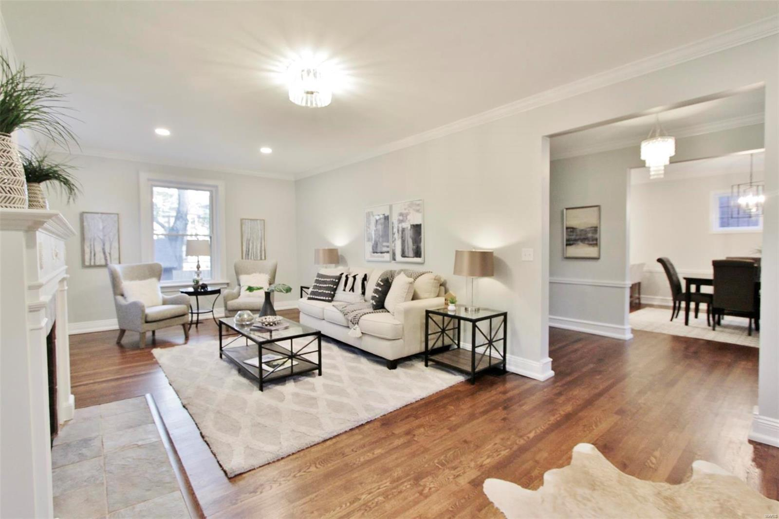 6946 Pershing Avenue Property Photo - St Louis, MO real estate listing