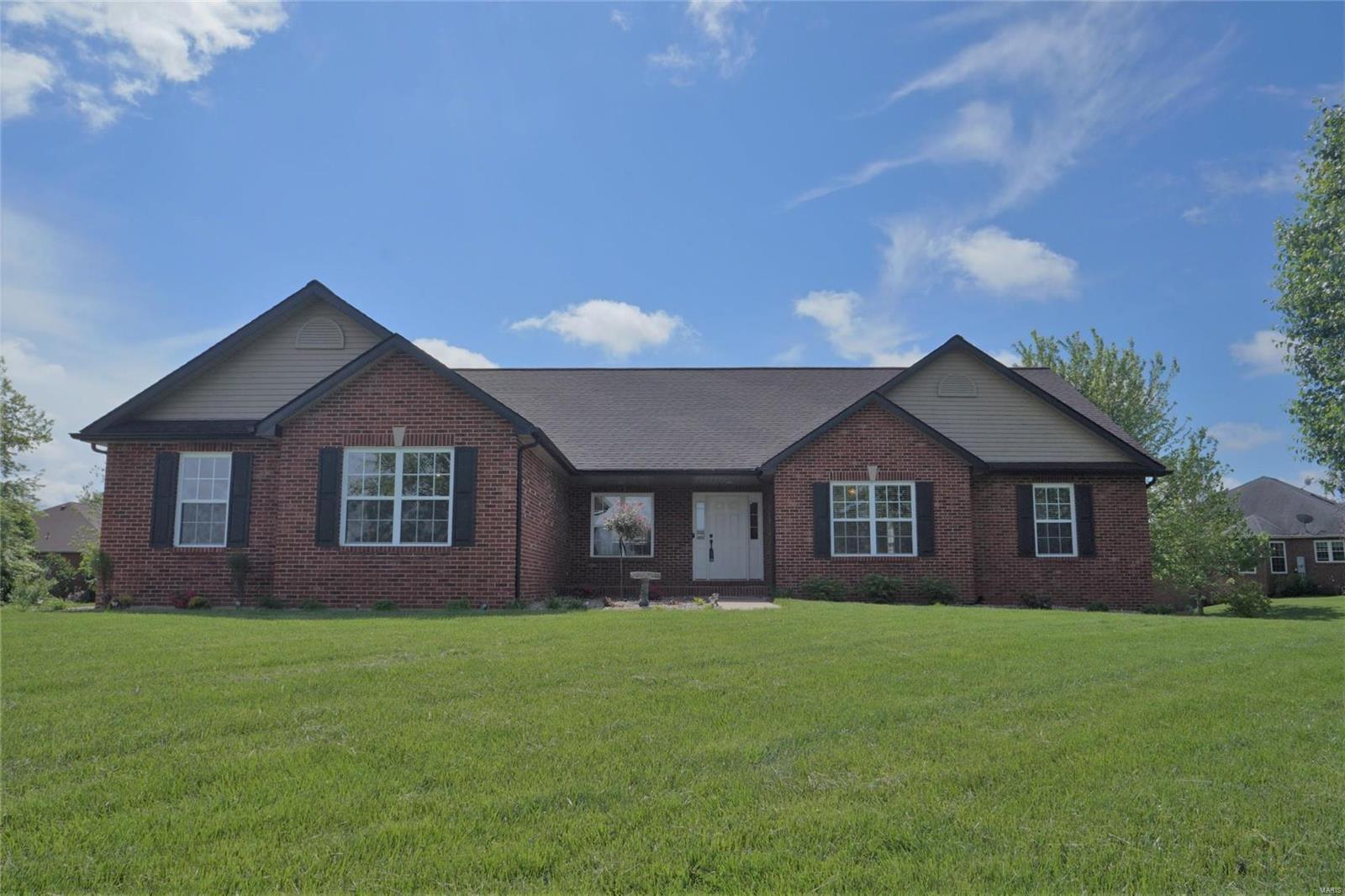 4194 Cypress Oak Lane Property Photo - Smithton, IL real estate listing
