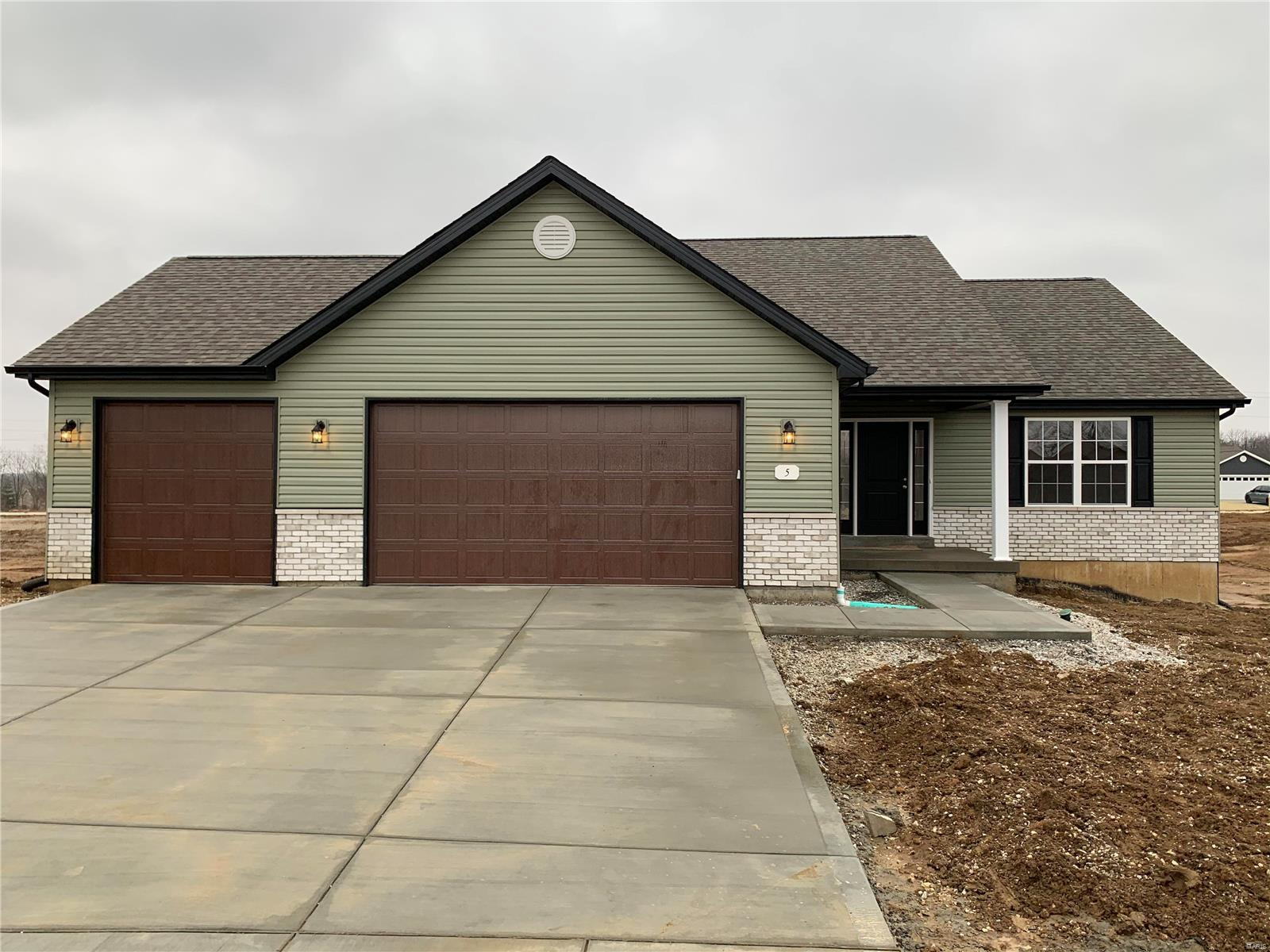 10 Mandy Ct. Property Photo - Troy, MO real estate listing