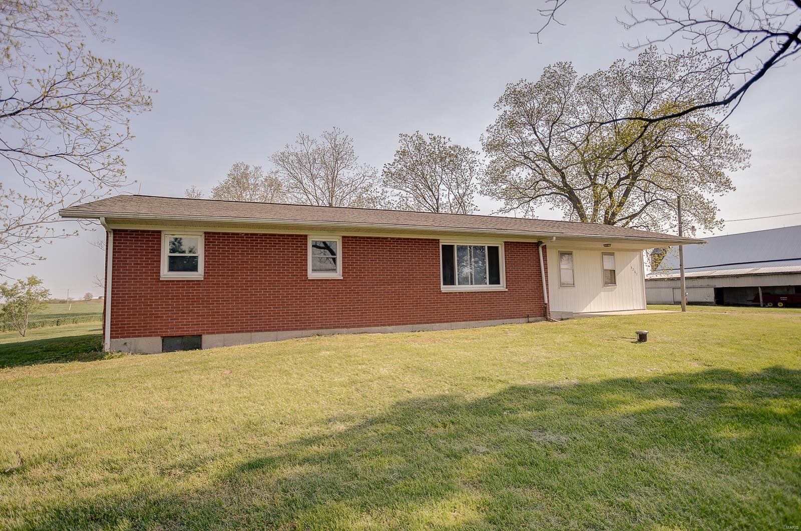 8267 Nike Road Property Photo - Red Bud, IL real estate listing