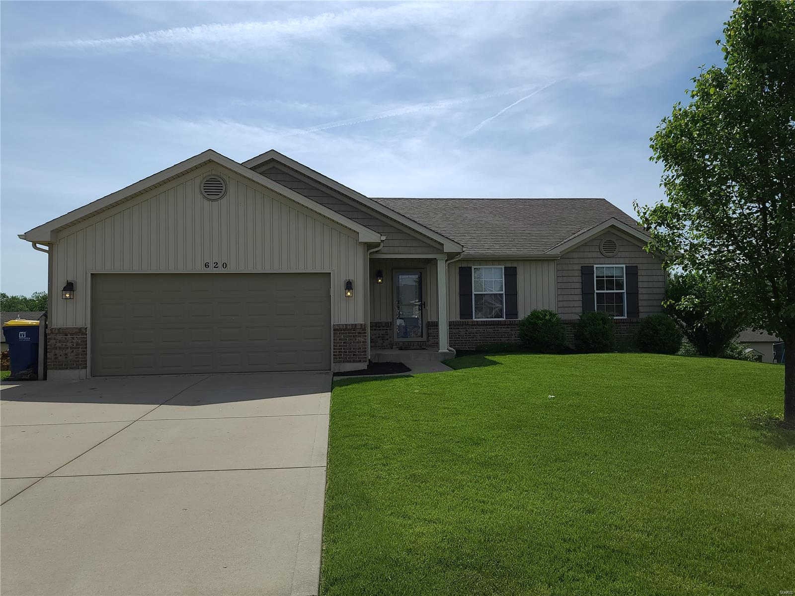 620 Maedowgreen Drive Property Photo - Troy, MO real estate listing