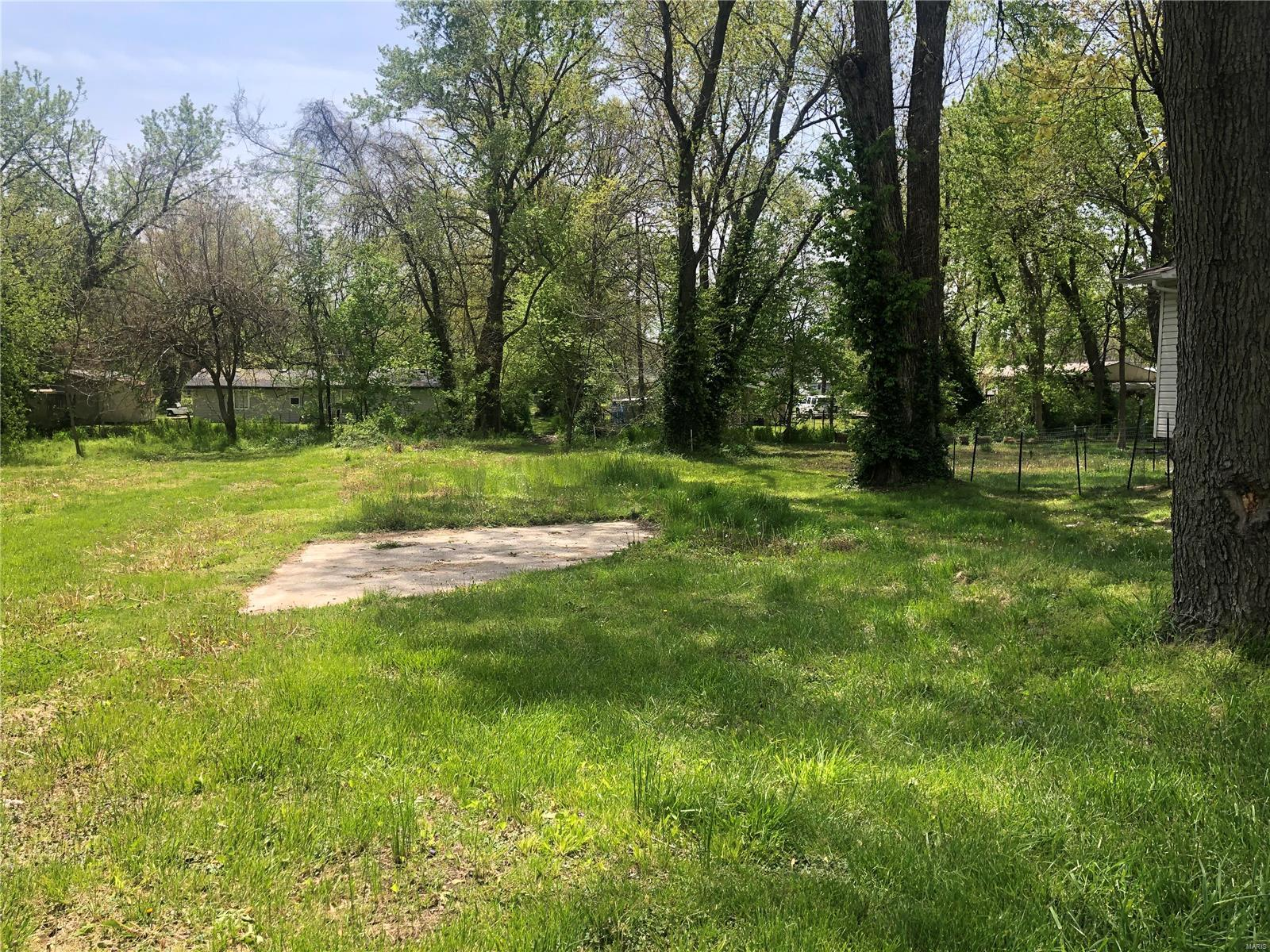1314 1st Street Property Photo - Cottage Hills, IL real estate listing