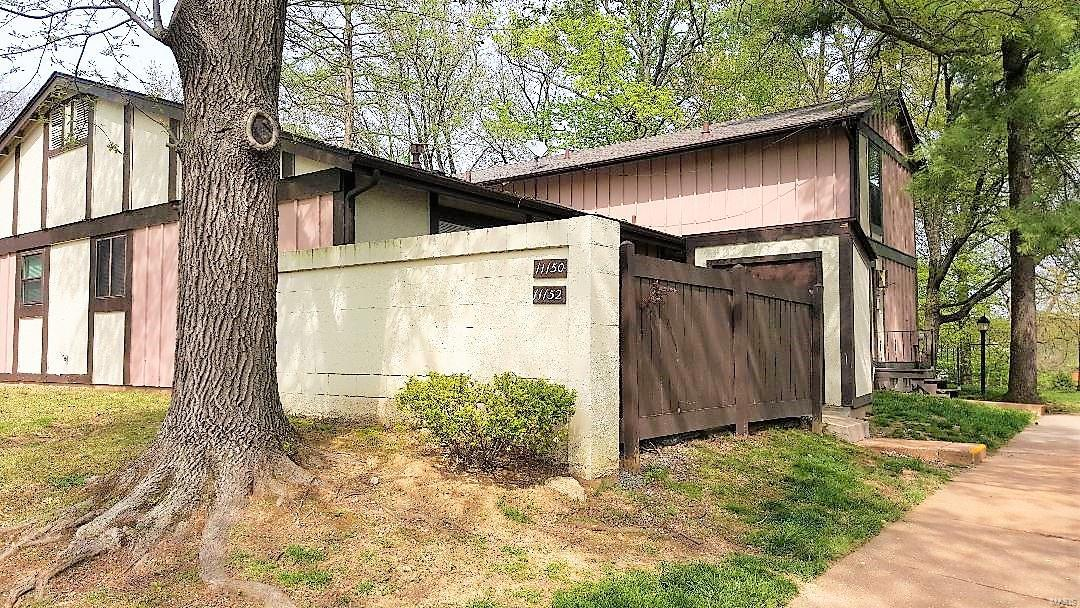 11152 Towering Pines Property Photo
