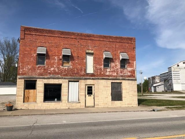 107 W Main St Property Photo - Coffeen, IL real estate listing