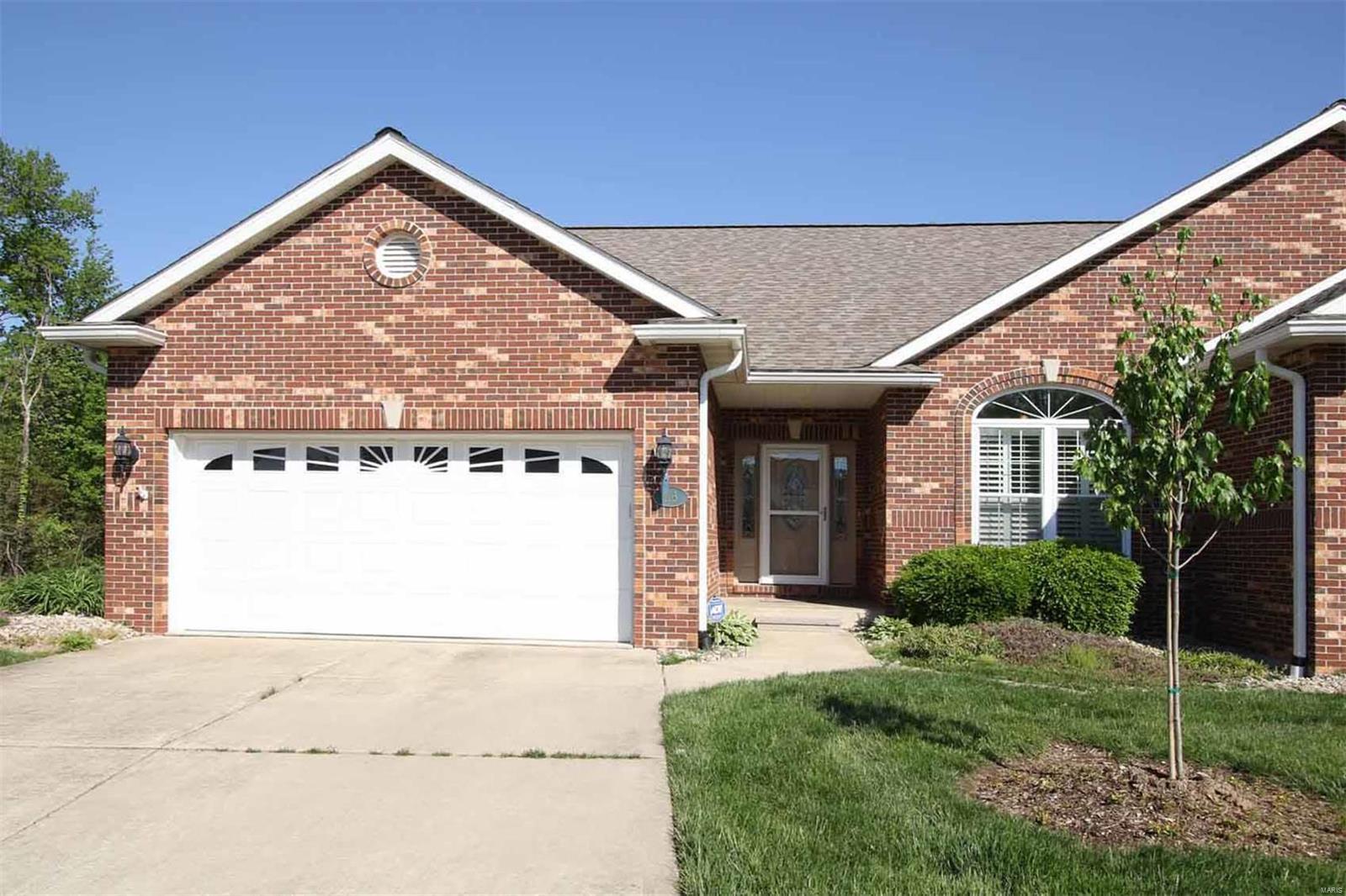 113 Summit Ridge Property Photo - Maryville, IL real estate listing