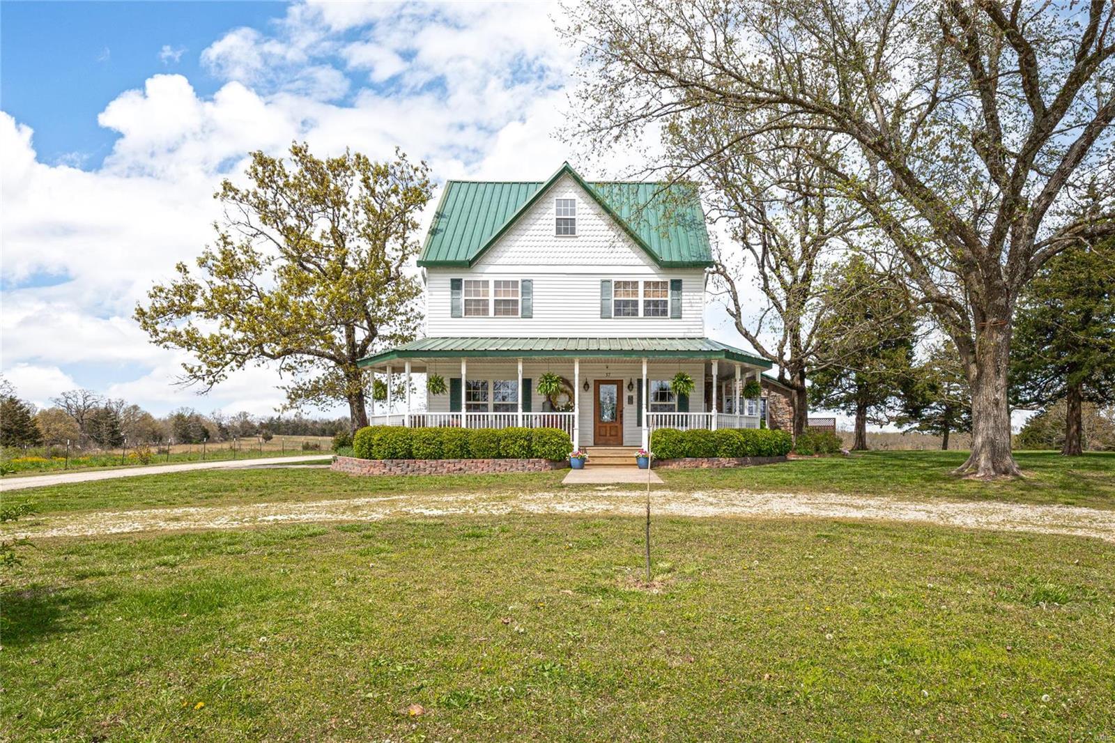 57 N Davis Property Photo - Stoutland, MO real estate listing