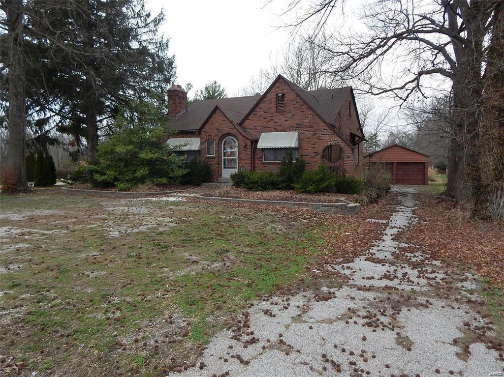 5206 Godfrey Road Property Photo - Godfrey, IL real estate listing