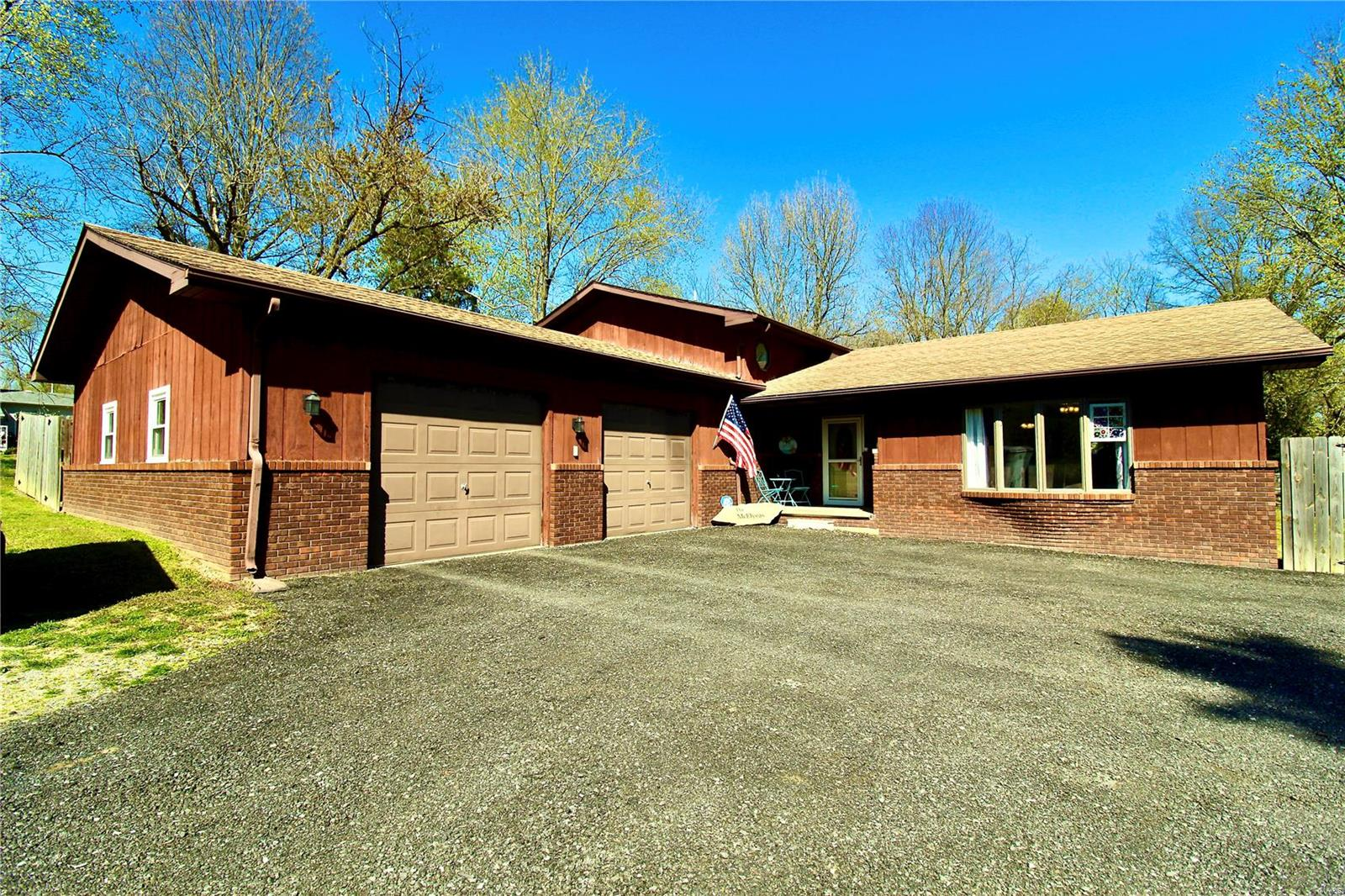 1426 Ramsey Heights Road Property Photo - West Frankfort, IL real estate listing