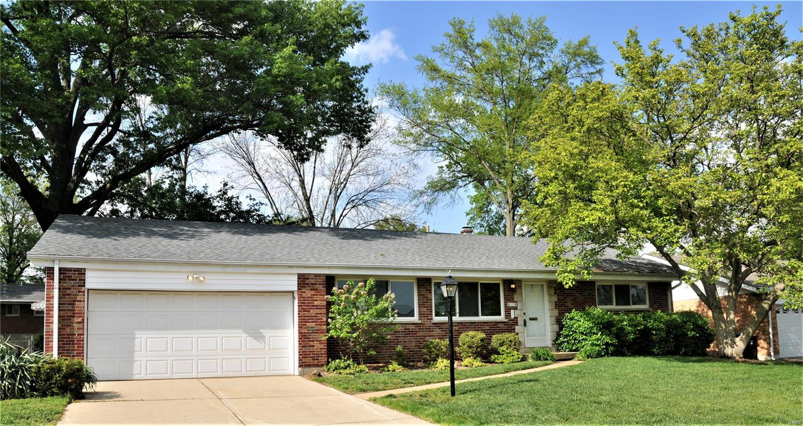 6119 Ranchwood Drive Property Photo - Affton, MO real estate listing