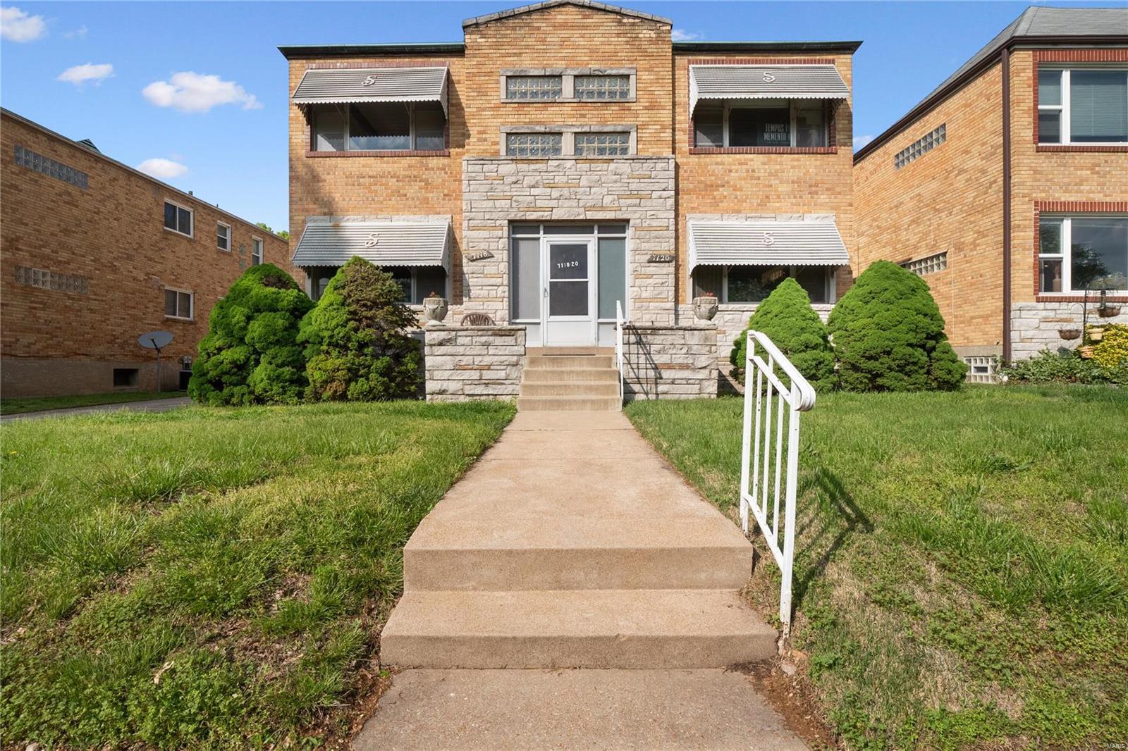 7118 Jamieson Avenue Property Photo 1
