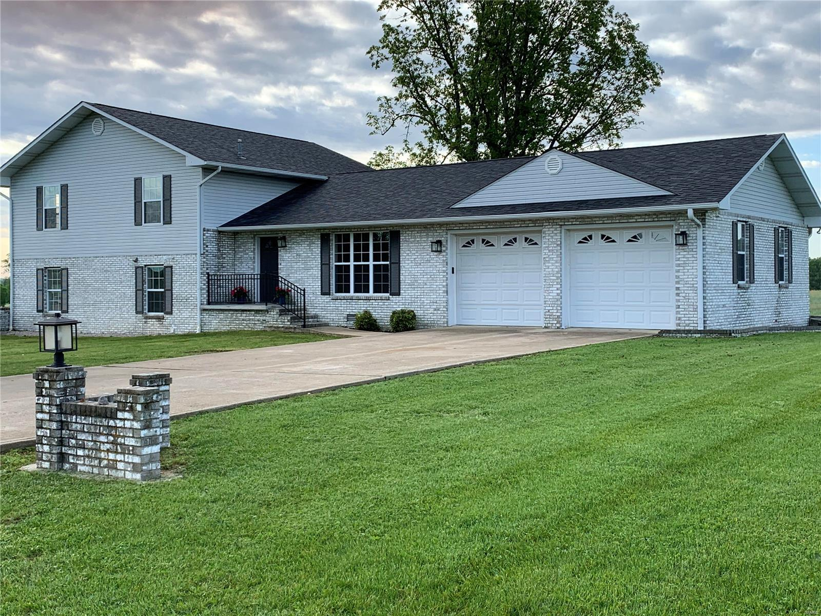 9 Confederate Ridge Property Photo - Doniphan, MO real estate listing