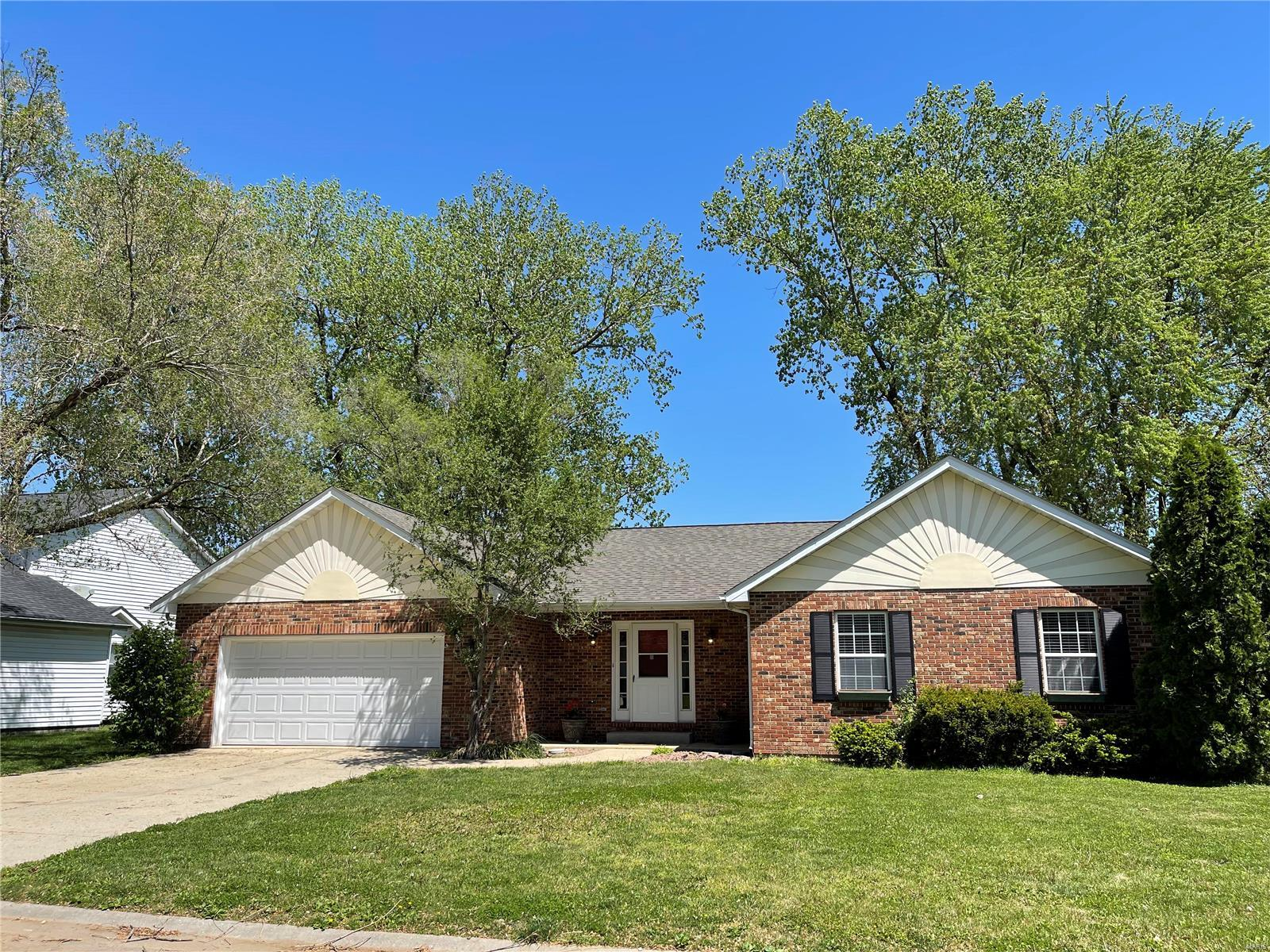 10 Catalina Property Photo - Fairview Heights, IL real estate listing