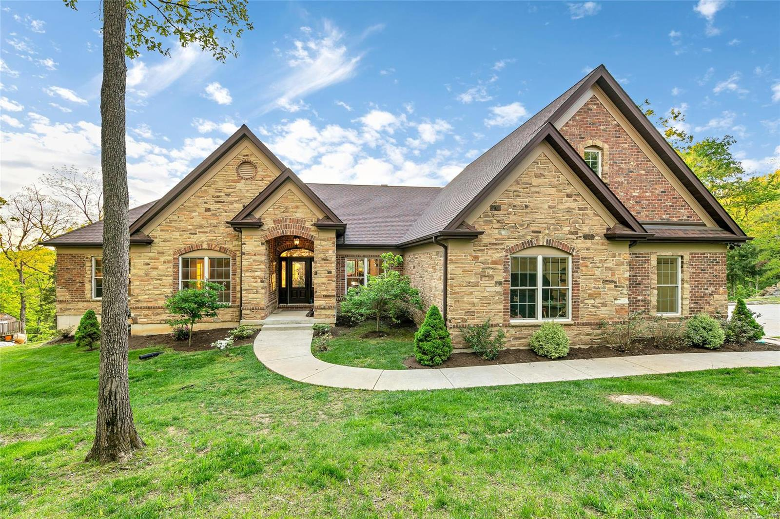 601 Stone Ridge Lane Property Photo - Augusta, MO real estate listing