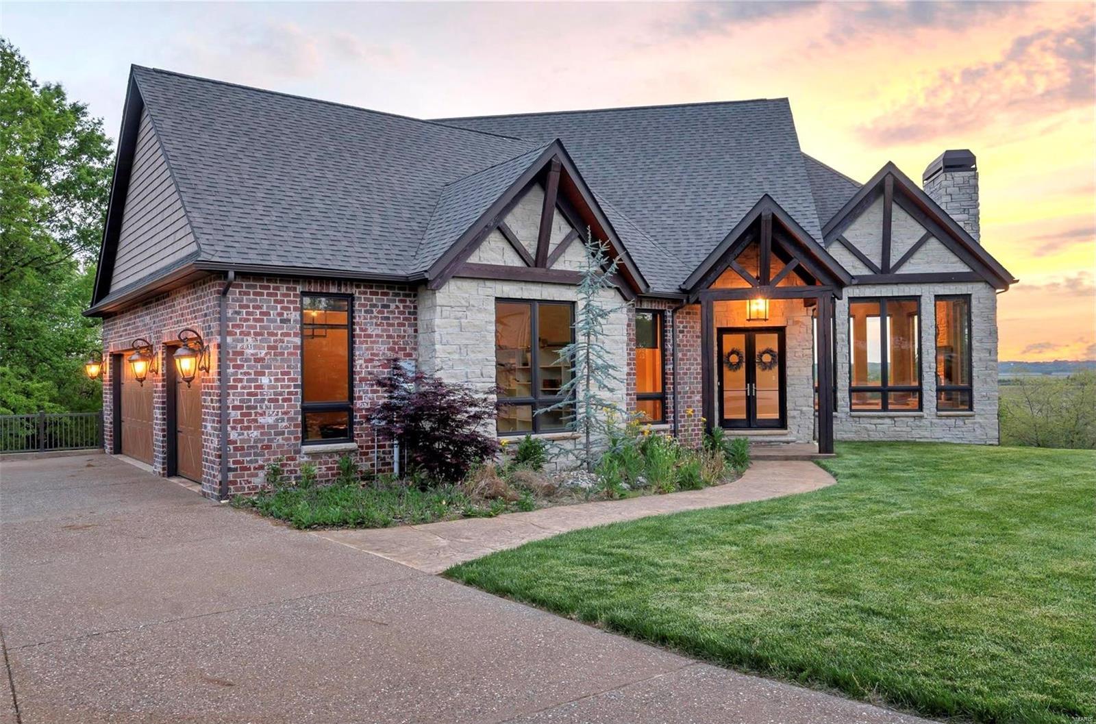 1 Grandview Bluff Property Photo - Columbia, IL real estate listing