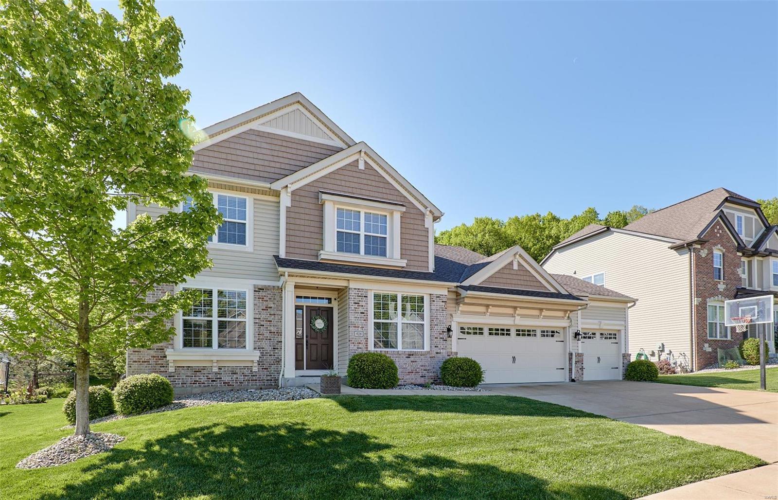 928 Summit Oaks Drive Property Photo - Eureka, MO real estate listing