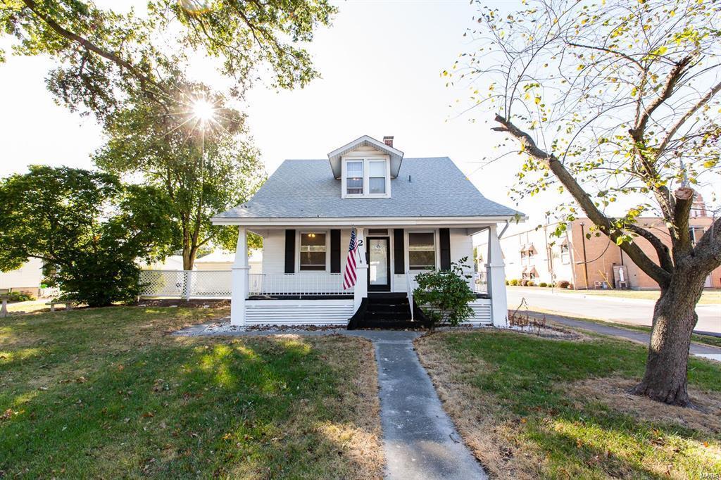 2 S State Street Property Photo - Freeburg, IL real estate listing