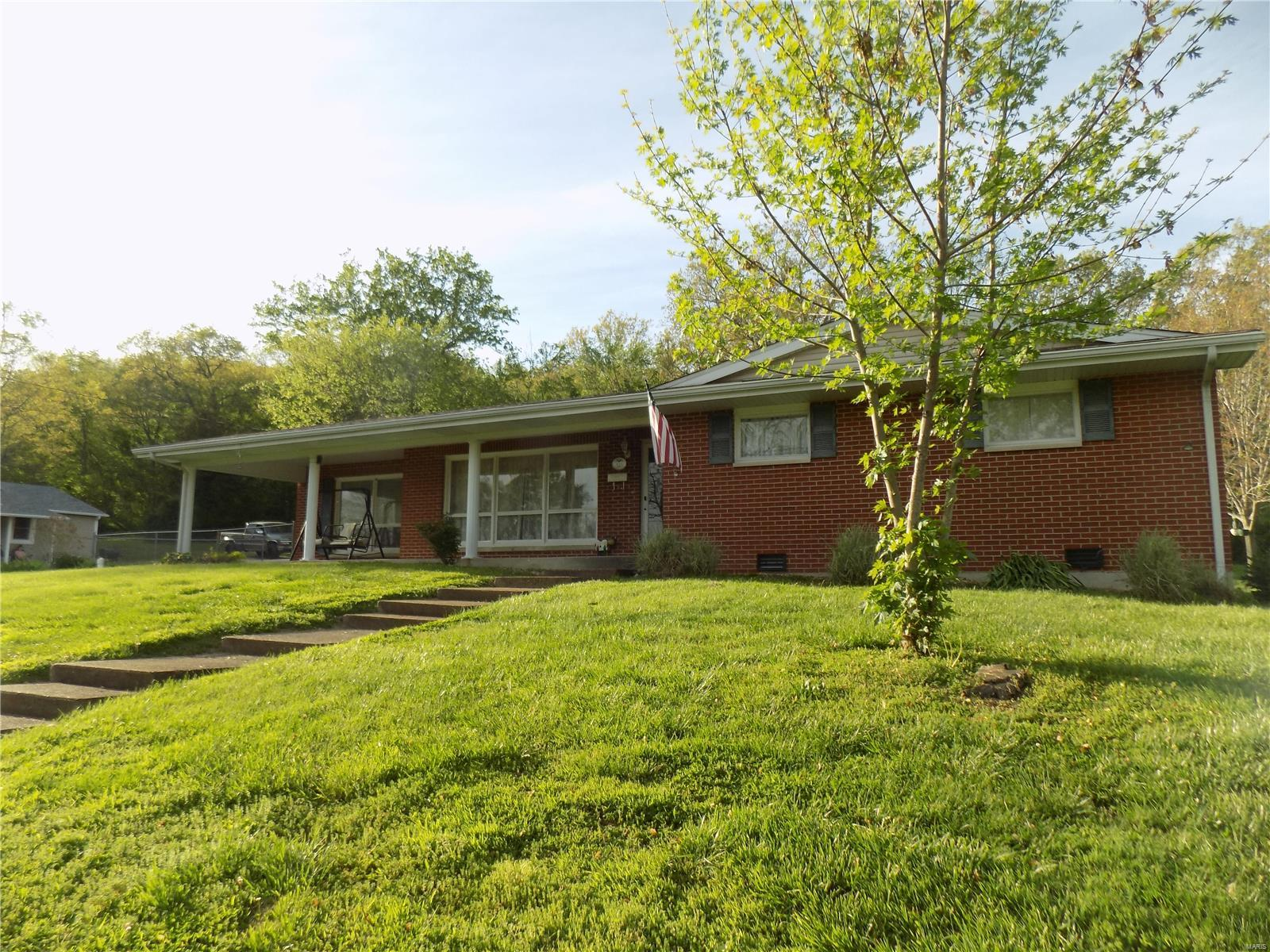 413 W Wayne Street Property Photo - Ironton, MO real estate listing
