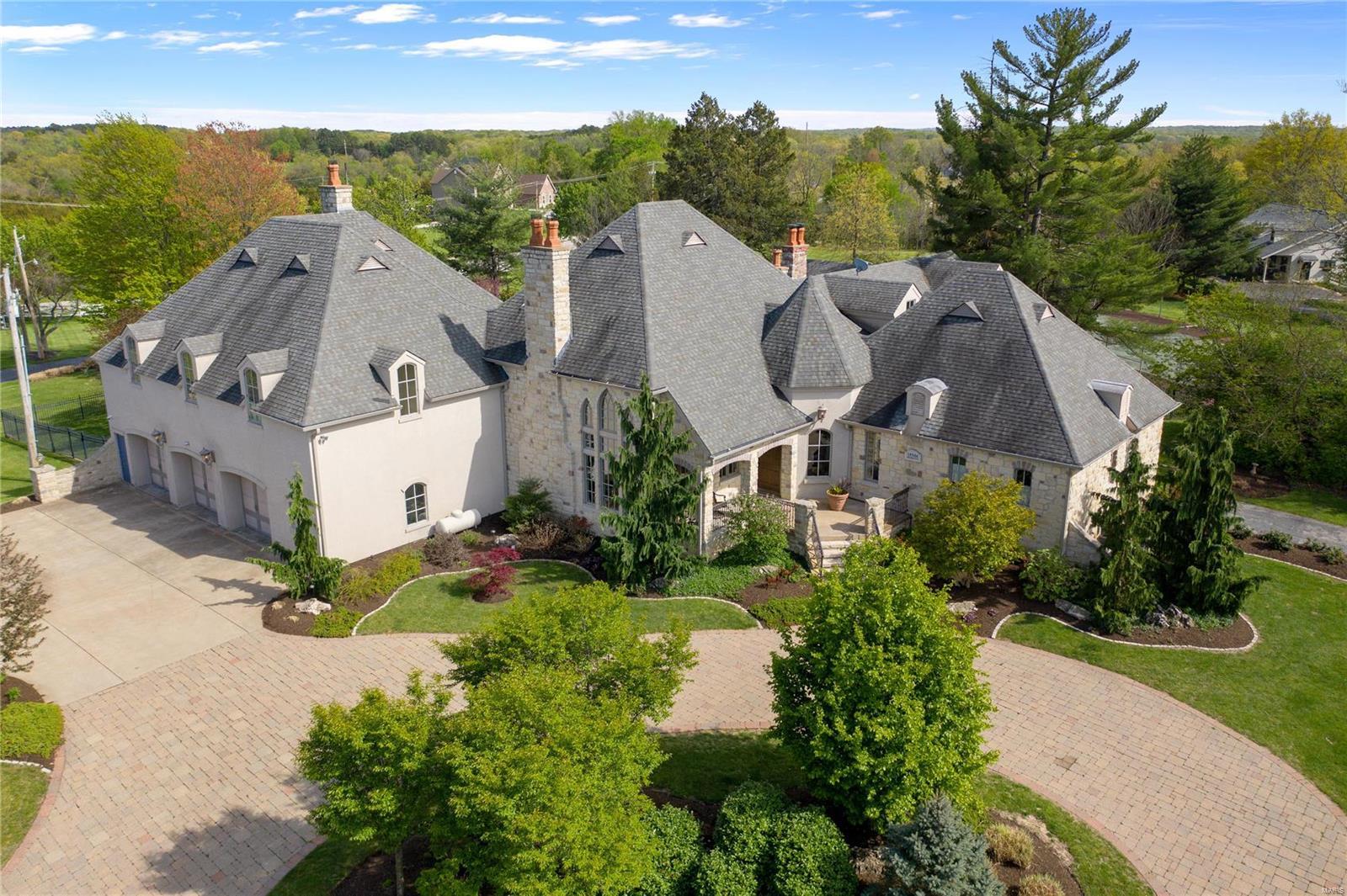 18506 Sassafras Place Drive Property Photo - Glencoe, MO real estate listing