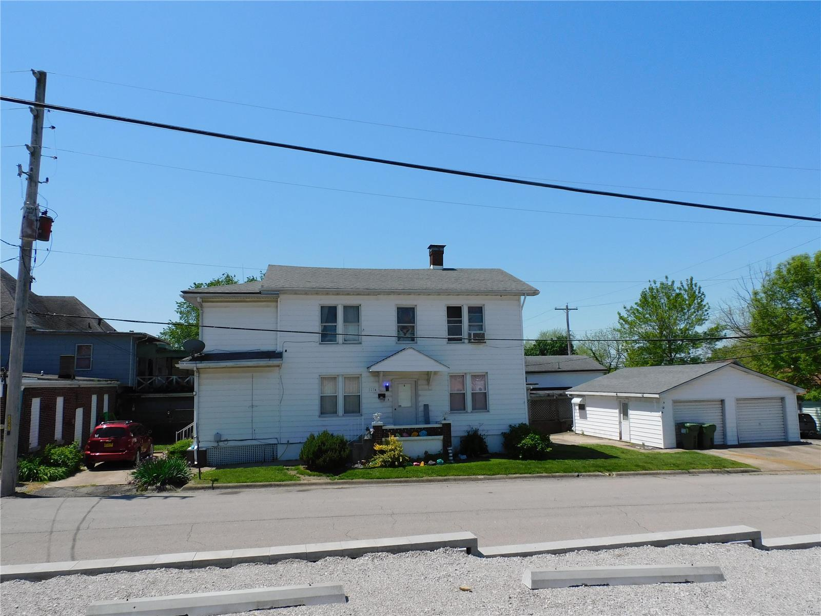 115 Young Avenue Property Photo - Chester, IL real estate listing