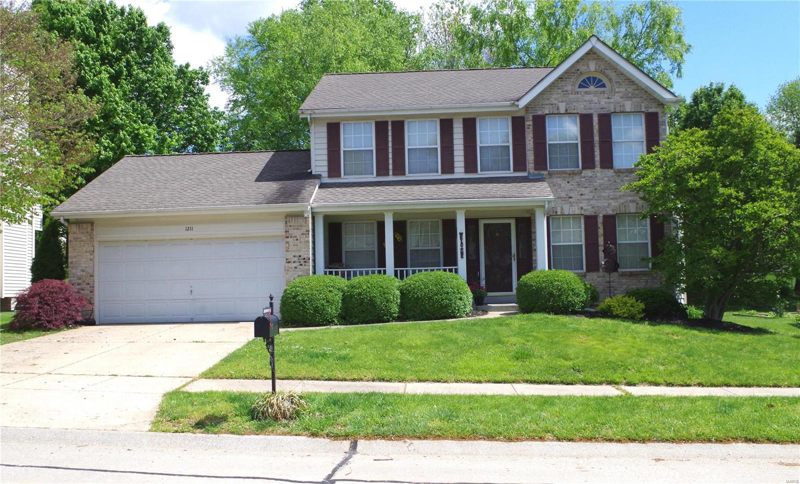 1211 Riverwood Place Drive Property Photo - Florissant, MO real estate listing