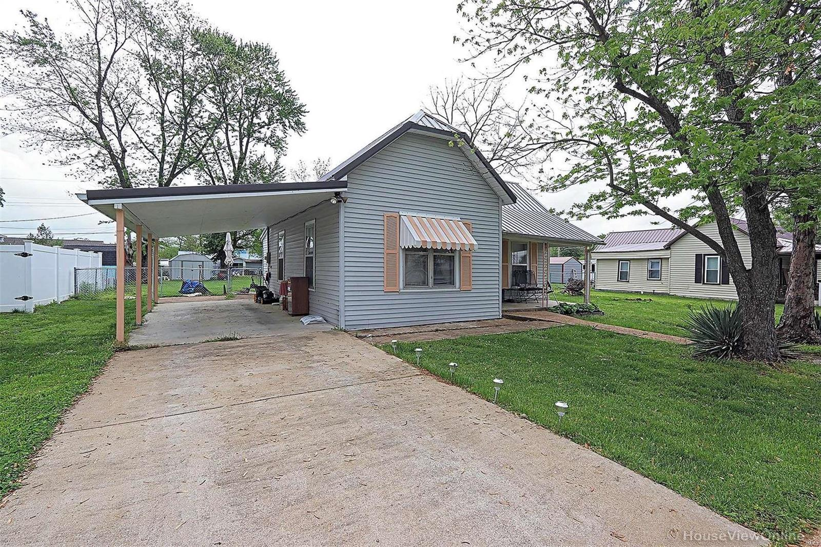 108 S Country Lane Drive Property Photo - Desloge, MO real estate listing