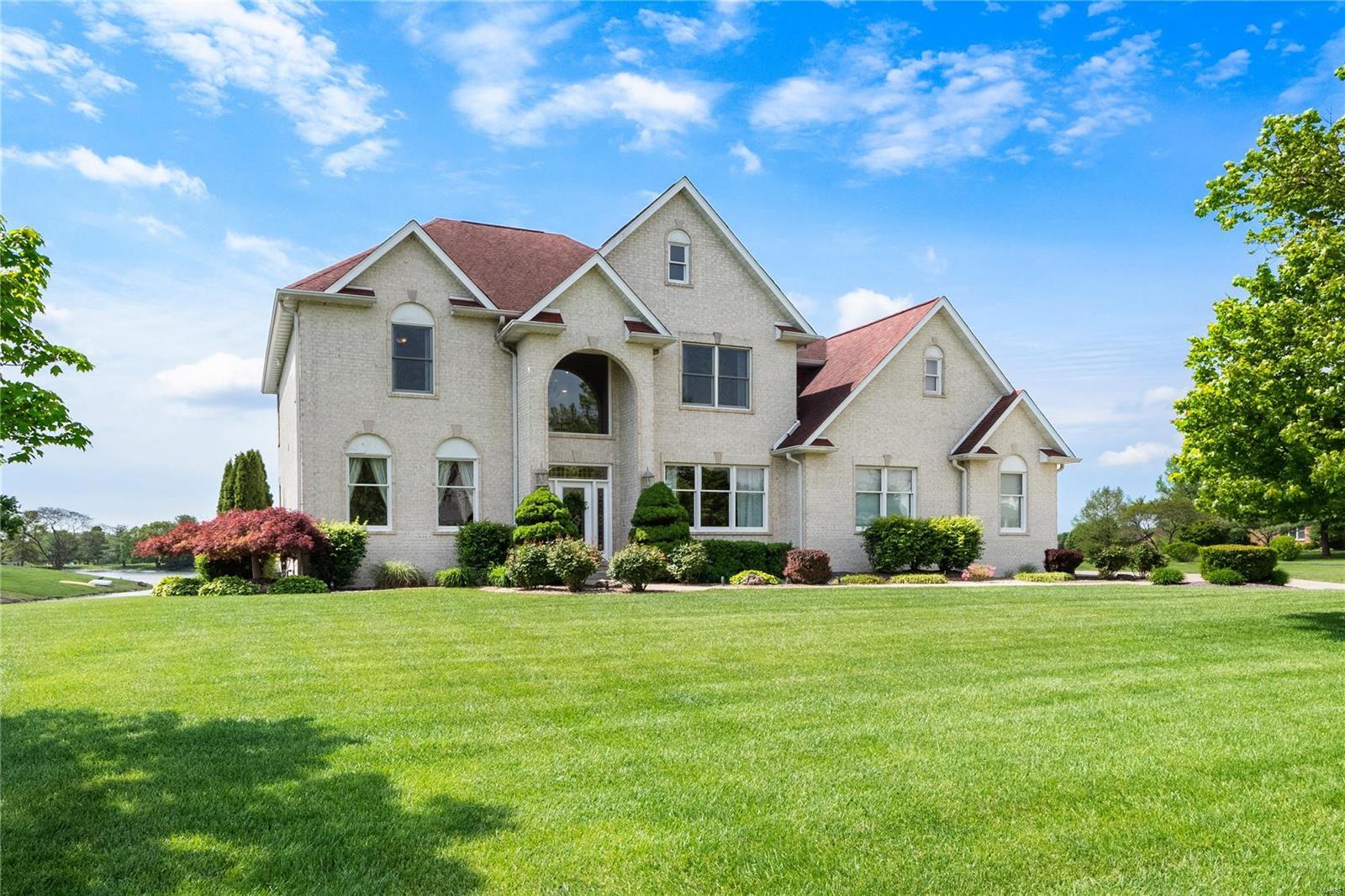 5238 White Oak Drive Property Photo - Smithton, IL real estate listing