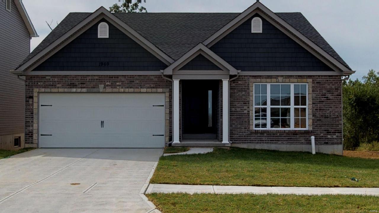 1120 Austin Drive Property Photo