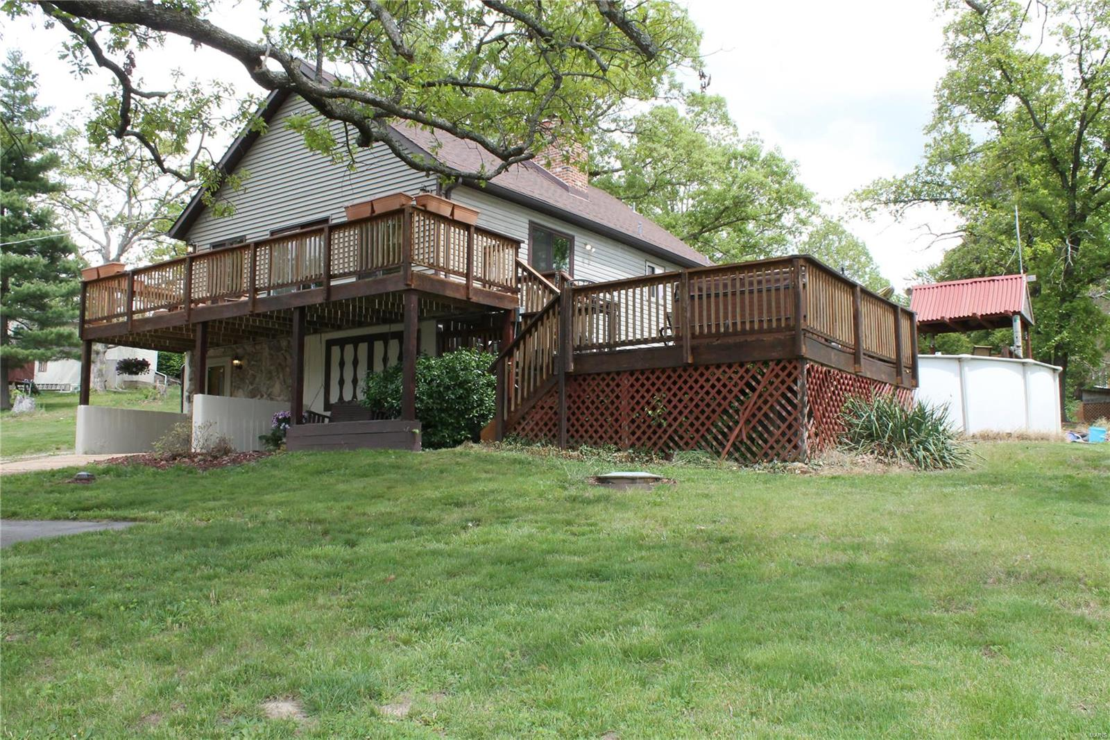 1324 Surfside Property Photo - St Clair, MO real estate listing