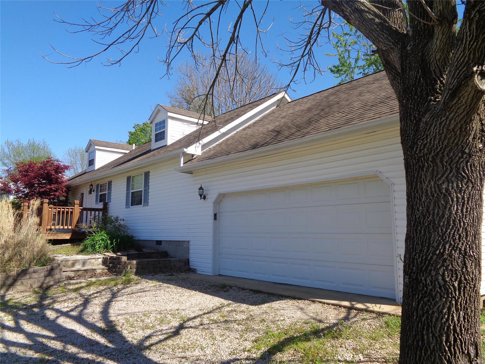 346 Siebenman Street Property Photo - Bourbon, MO real estate listing