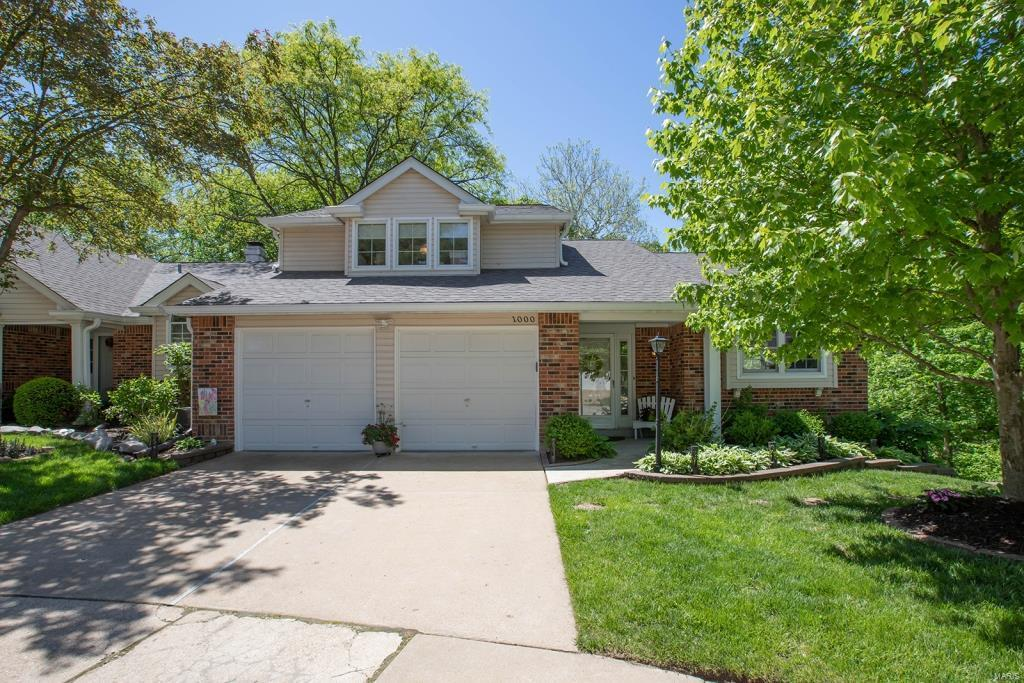 1000 Woodlake Village Drive Property Photo - Chesterfield, MO real estate listing