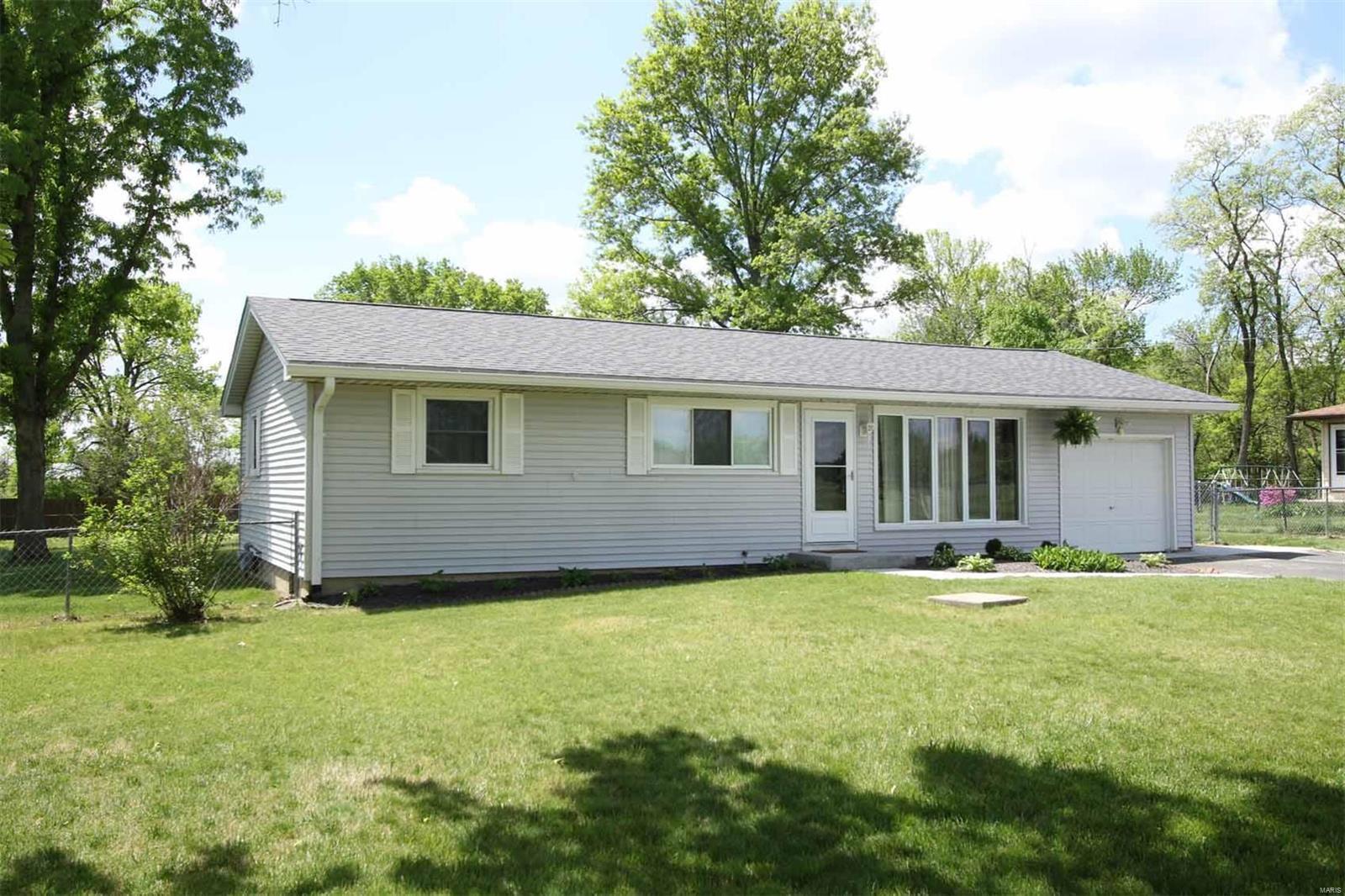 3878 McCoy Road Property Photo - Bethalto, IL real estate listing