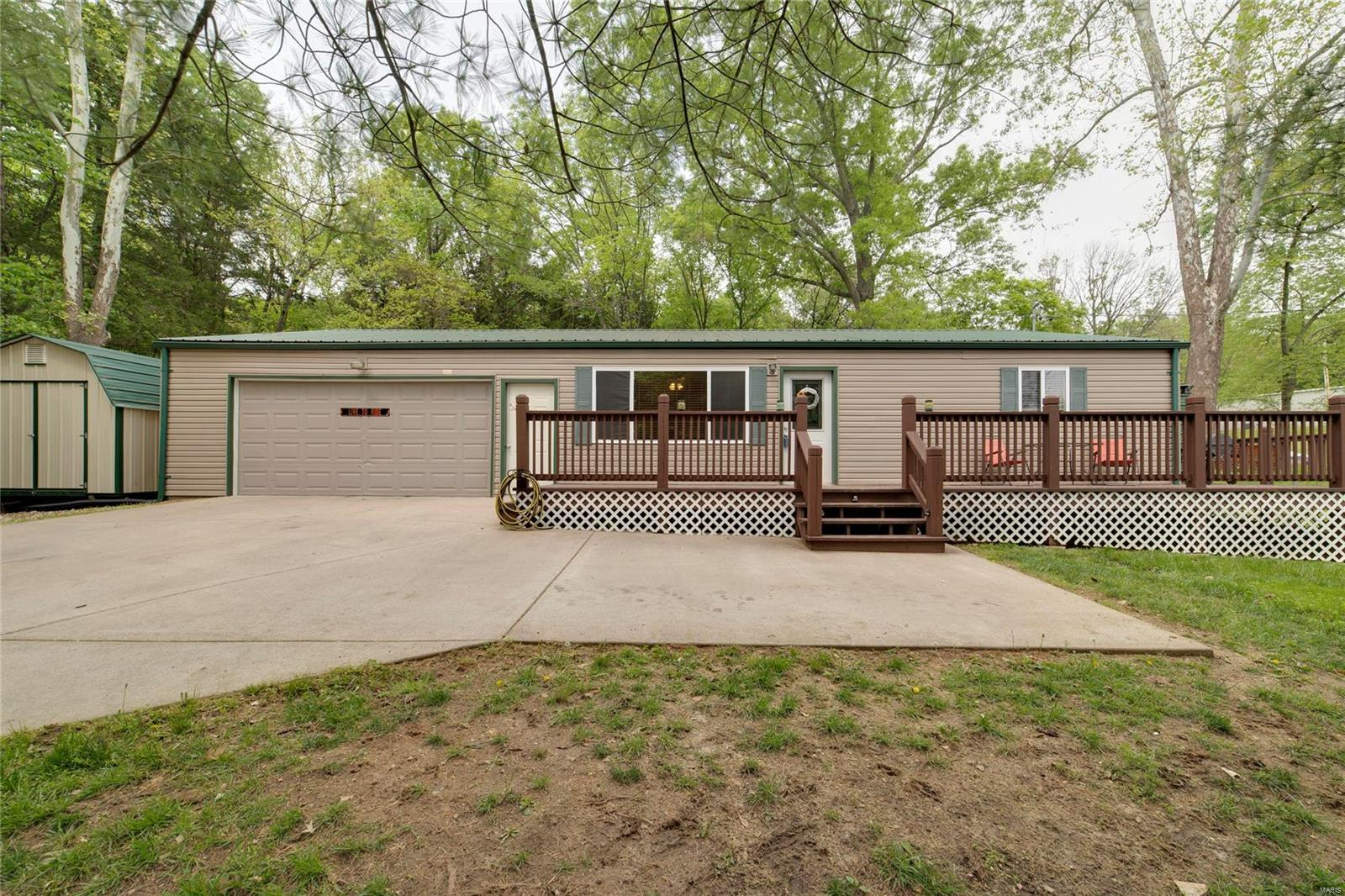 2290 State Road F Property Photo - Pacific, MO real estate listing