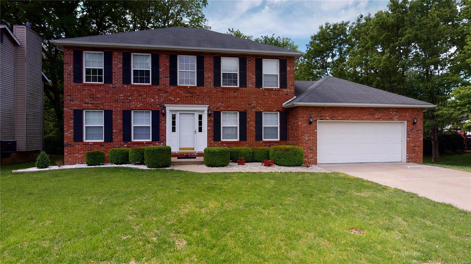 101 Newcastle Drive Property Photo - Fairview Heights, IL real estate listing