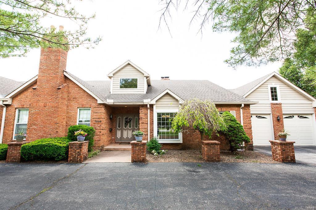 7508 Foley Drive Property Photo - Belleville, IL real estate listing