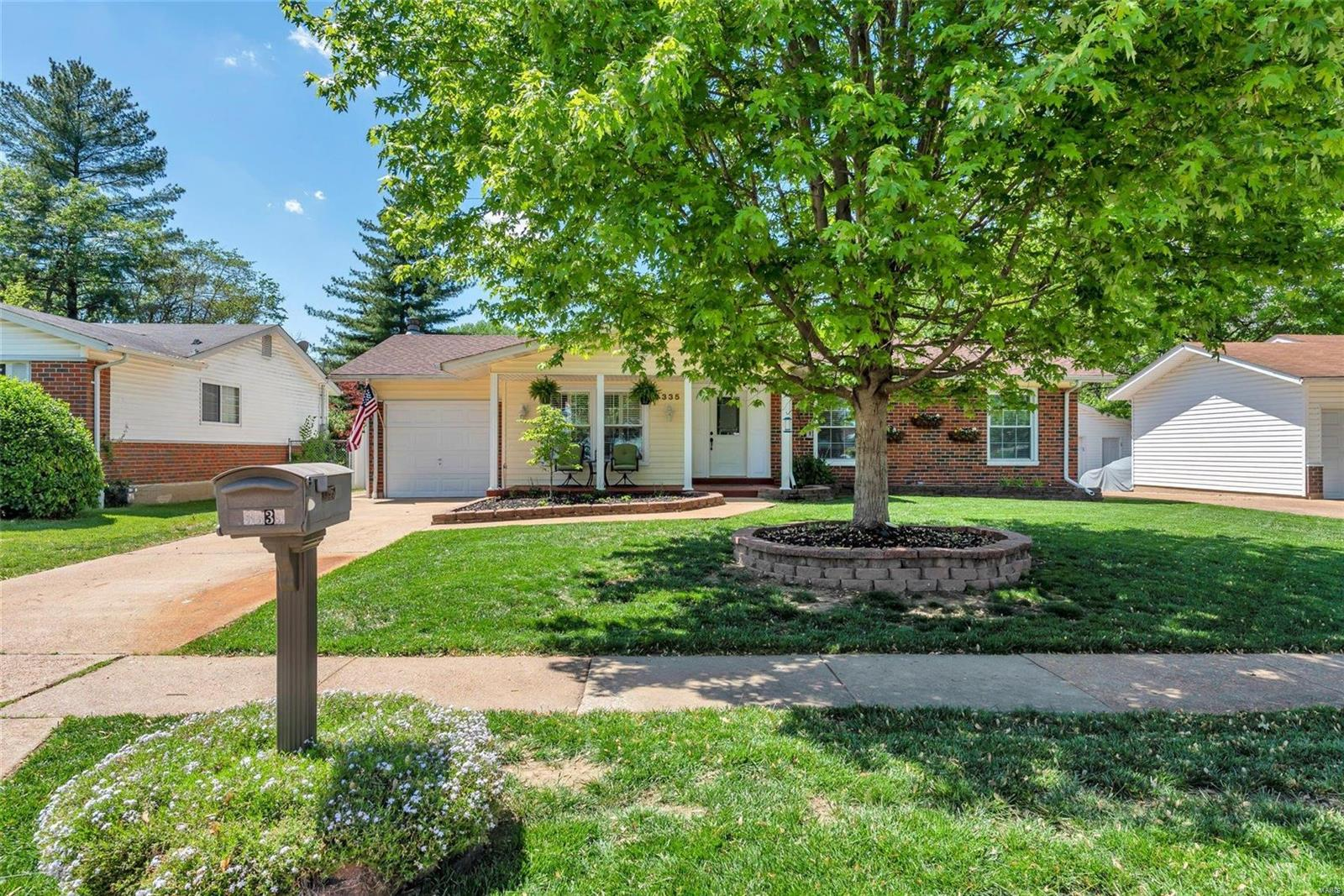 3335 Brookshire Drive Property Photo - Florissant, MO real estate listing