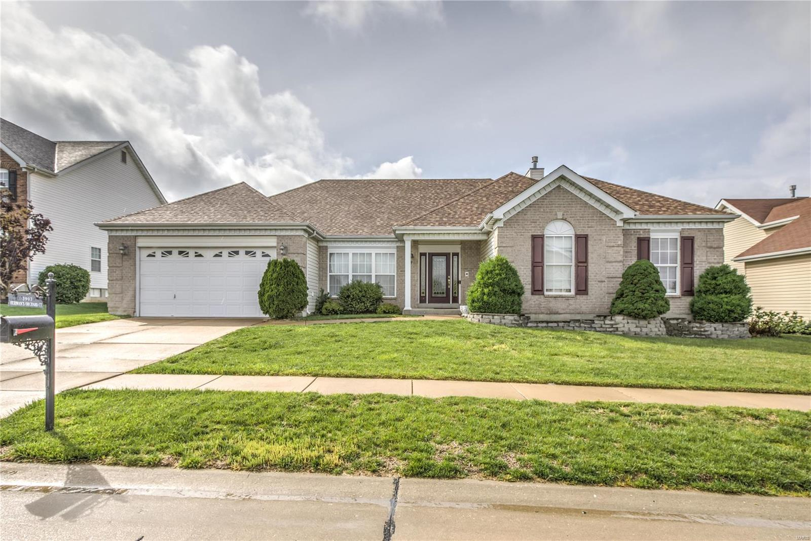 3907 Hermans Orchard Ct Property Photo - Florissant, MO real estate listing