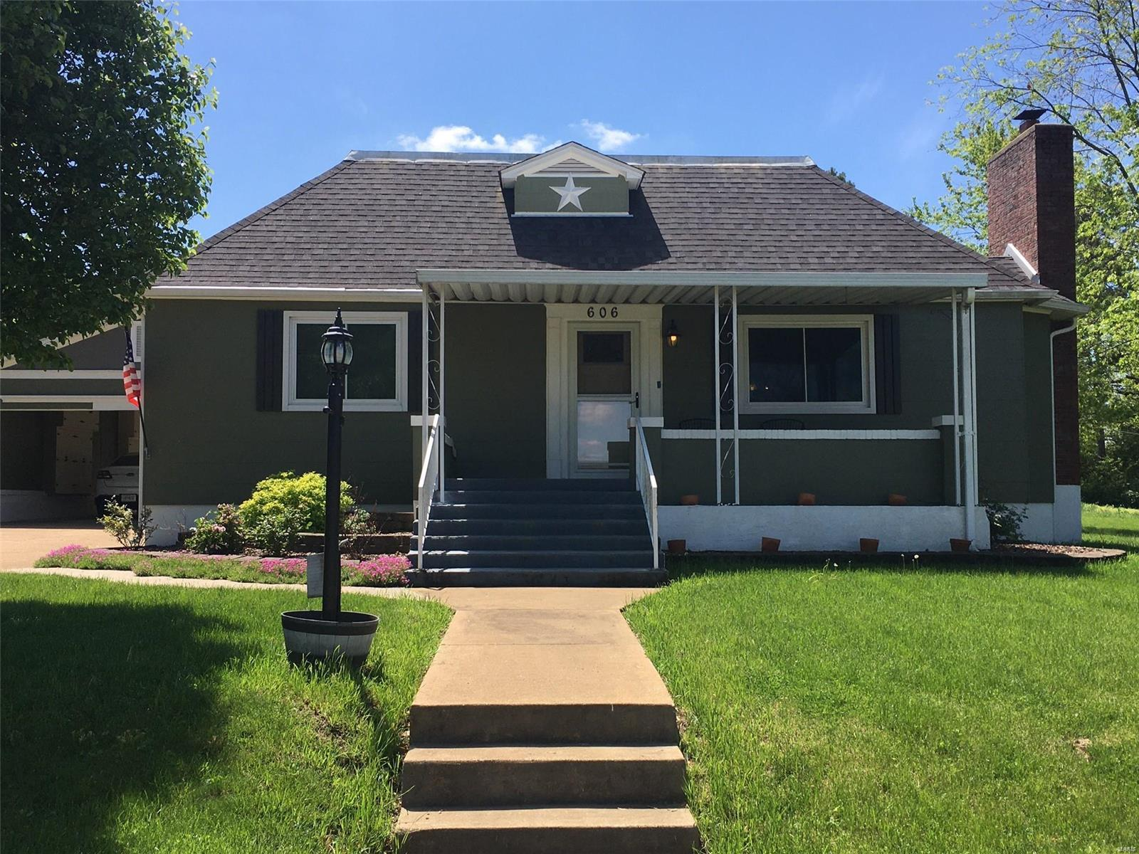 606 E Chestnut Property Photo - Desloge, MO real estate listing