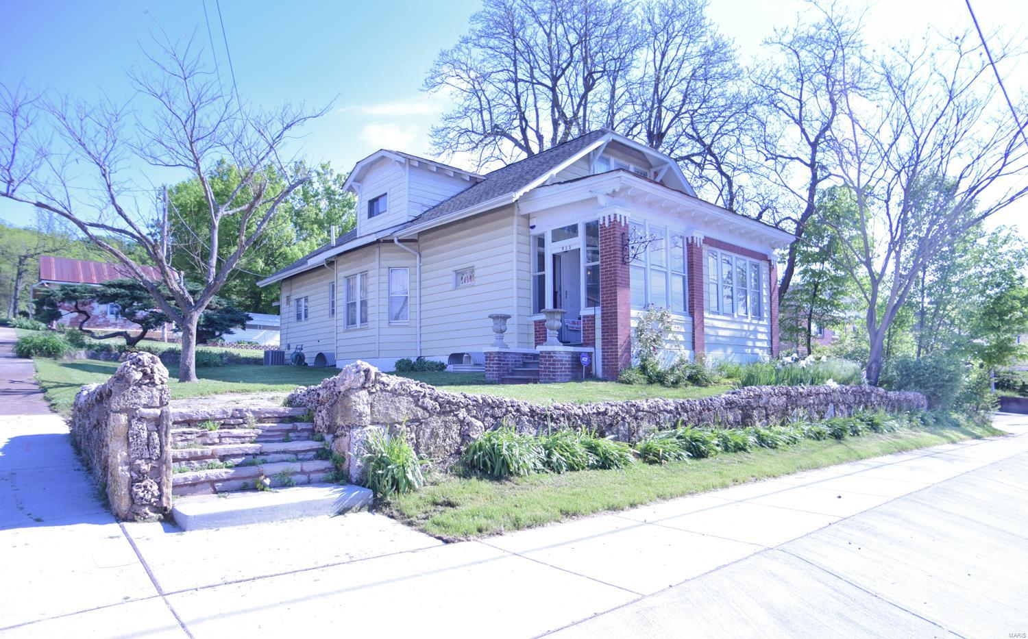 523 W Osage Street Property Photo - Pacific, MO real estate listing