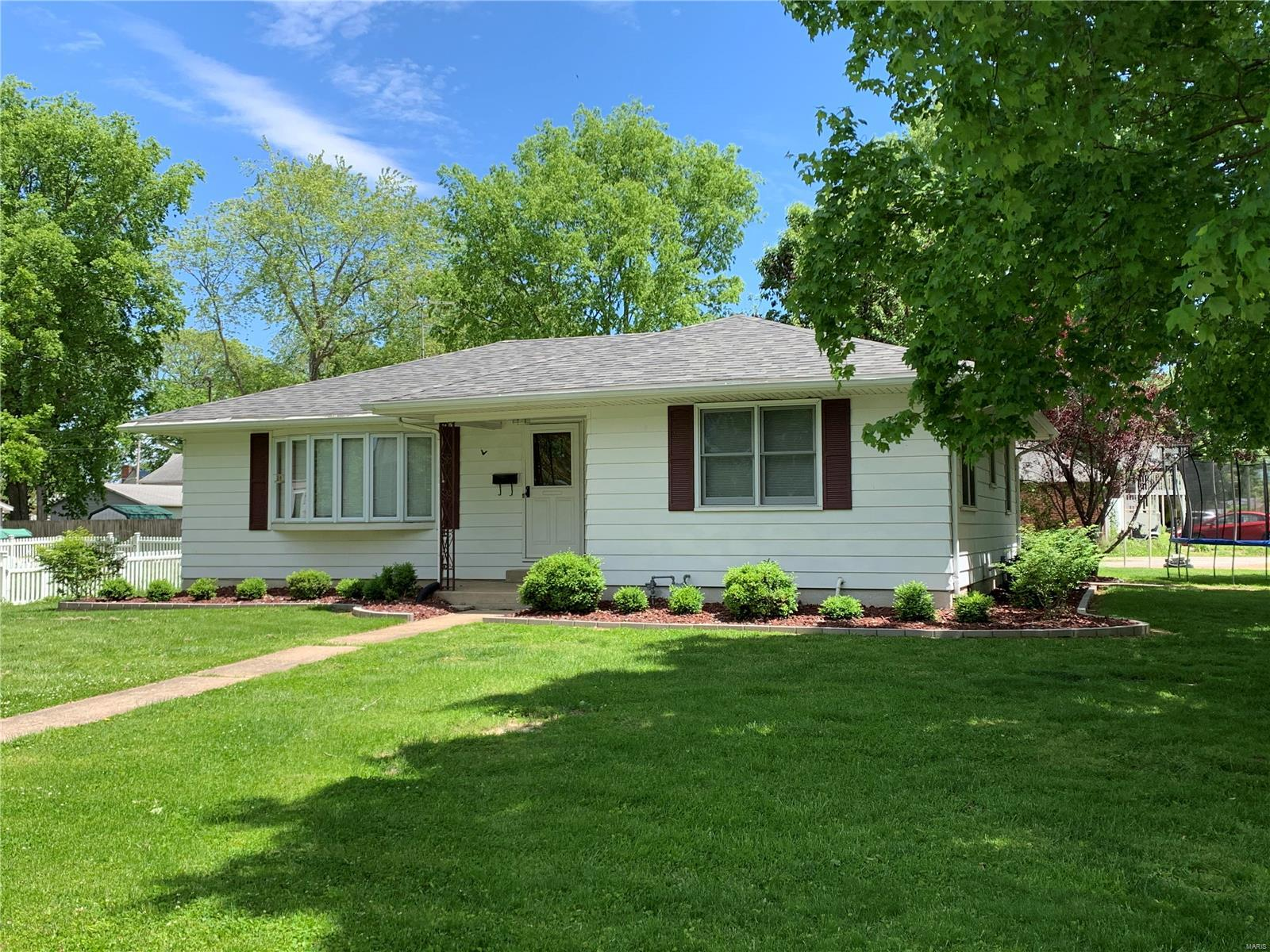 319 S Euclid Avenue Property Photo - Marissa, IL real estate listing