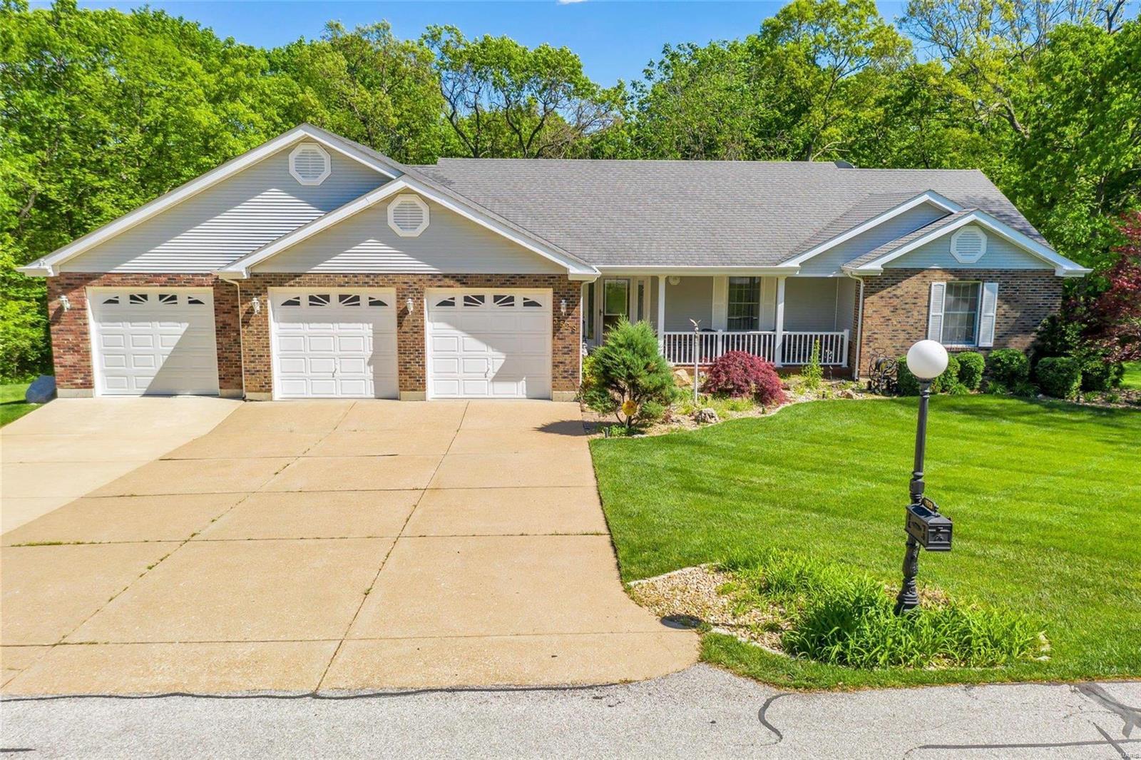 3528 Newcastle Court Property Photo - High Ridge, MO real estate listing