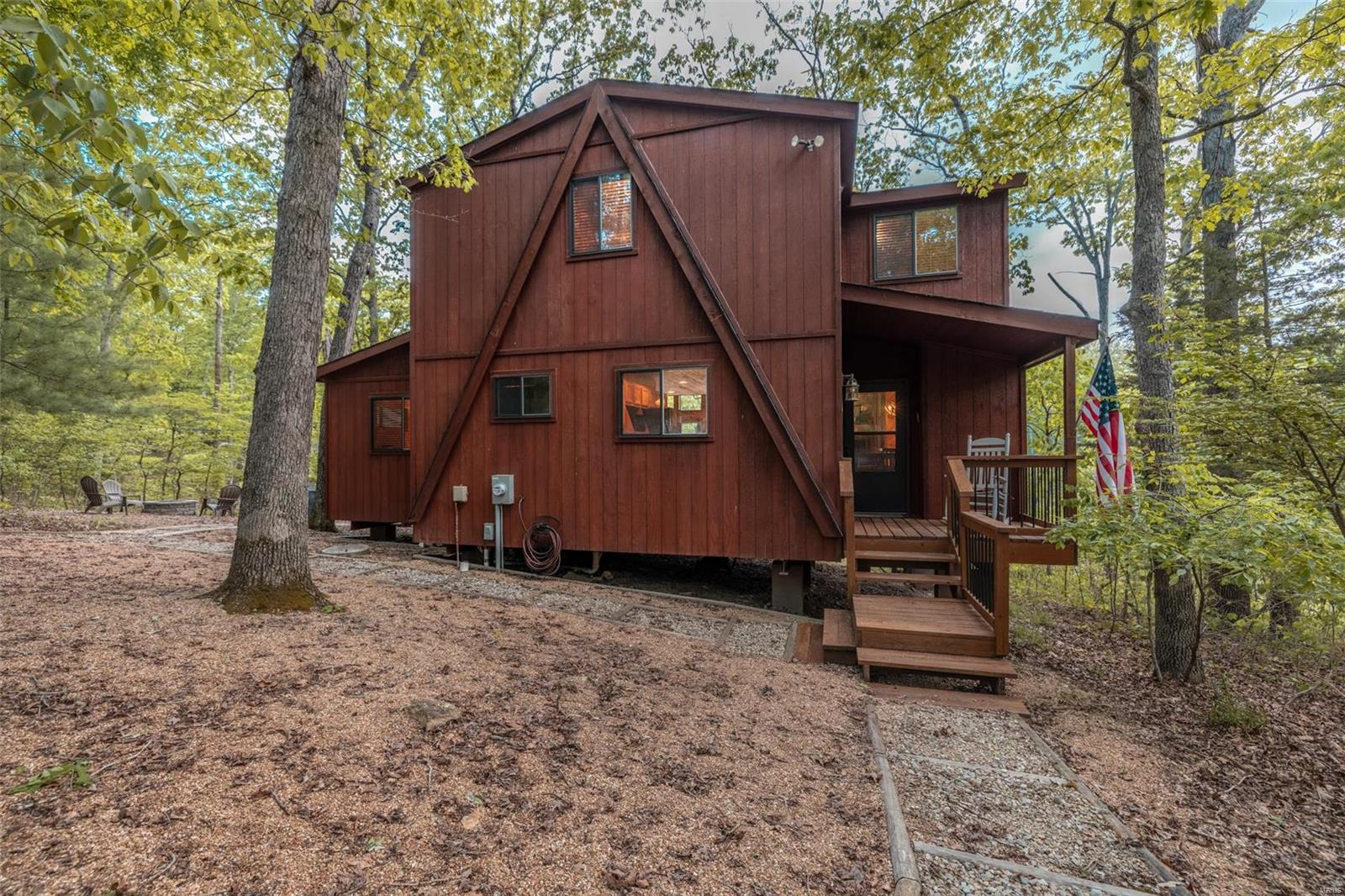 1745 Sonnenblick Drive Property Photo - Innsbrook, MO real estate listing
