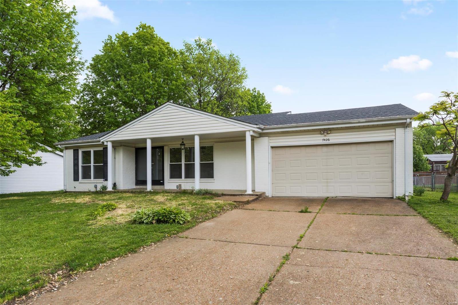 7426 Foxtrot Property Photo - Hazelwood, MO real estate listing