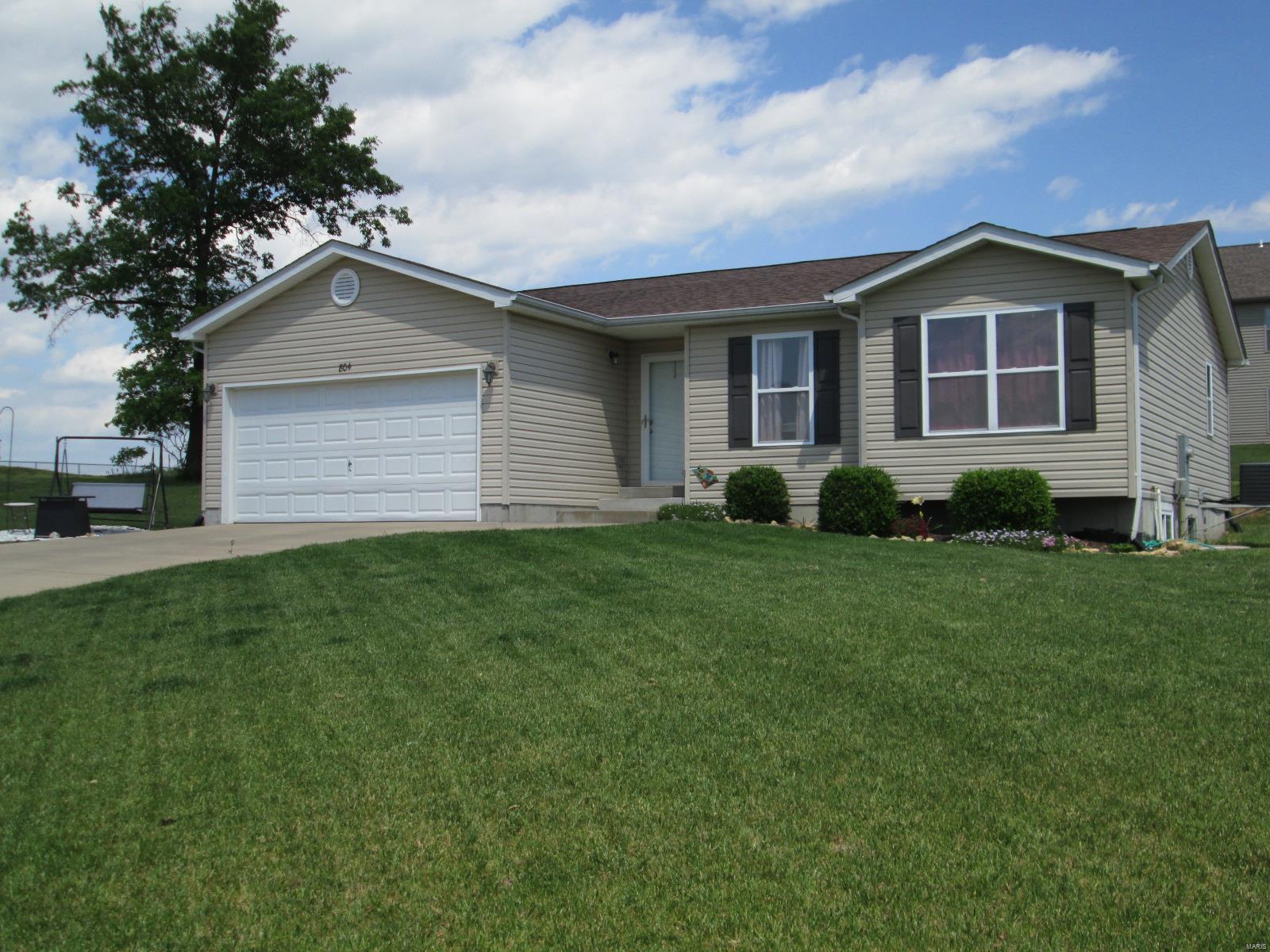 804 Ella Lane Property Photo - St Clair, MO real estate listing