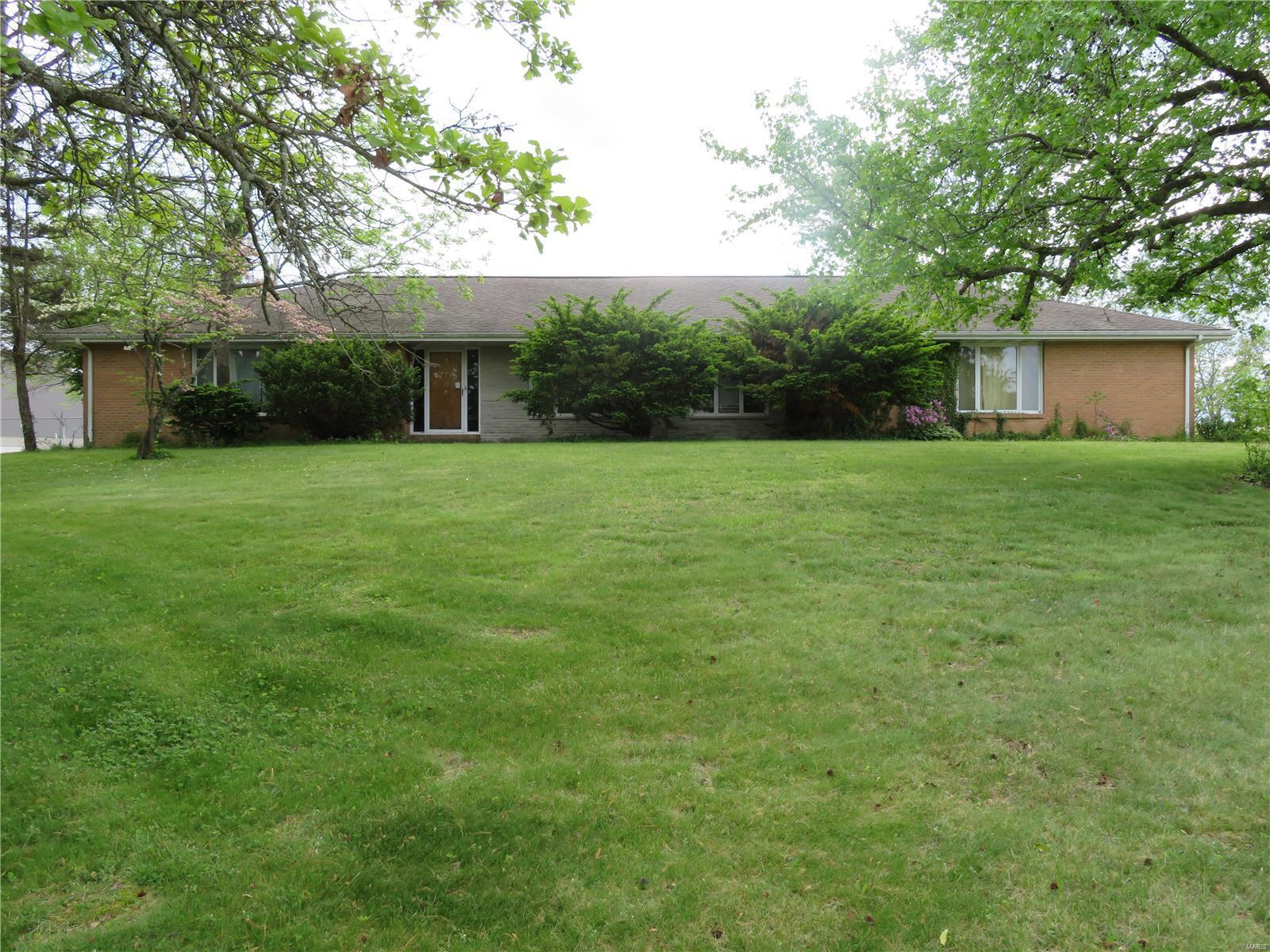 101 East A Property Photo - Dixon, MO real estate listing