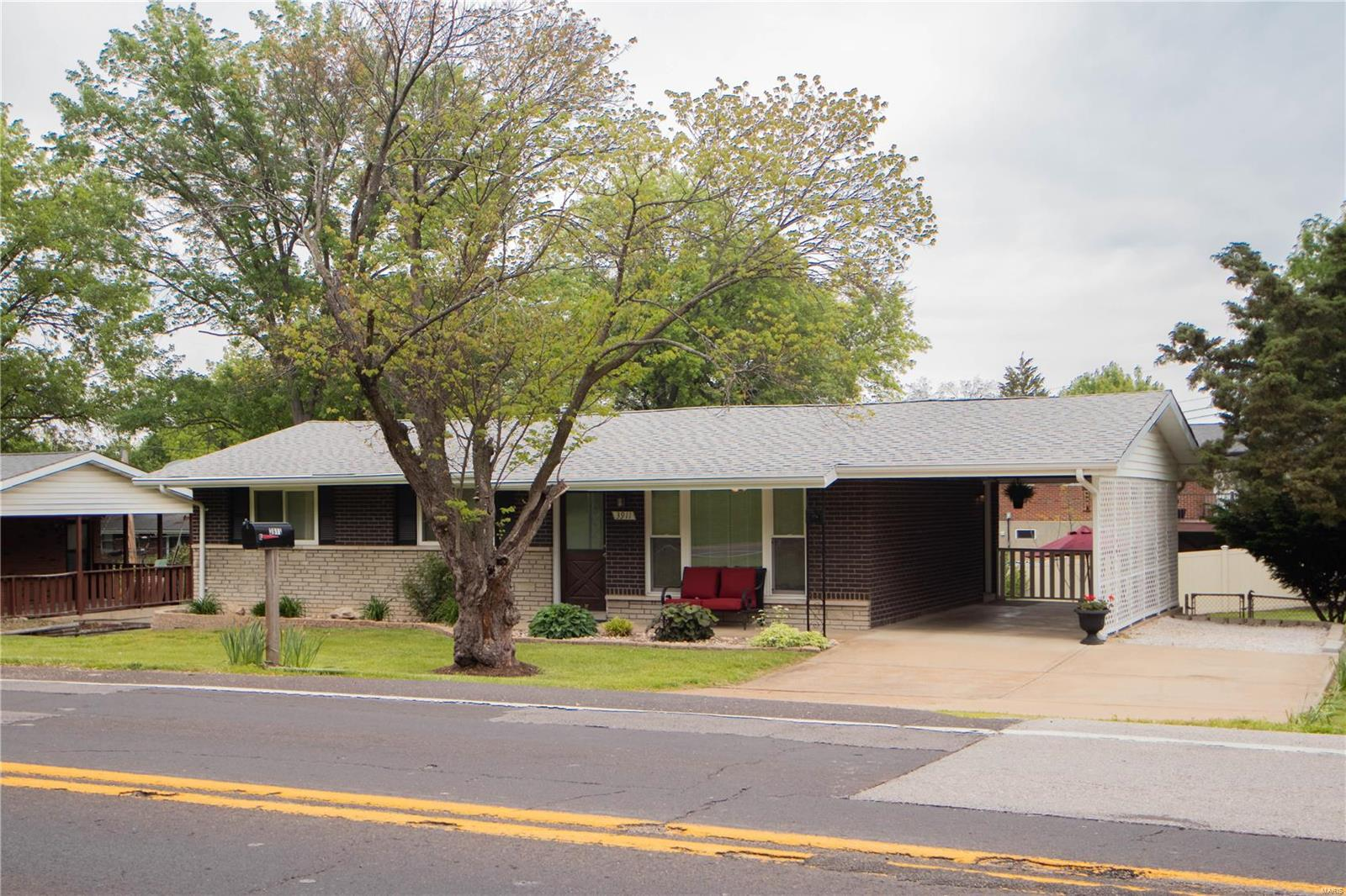 3911 Will Avenue Property Photo - Mehlville, MO real estate listing