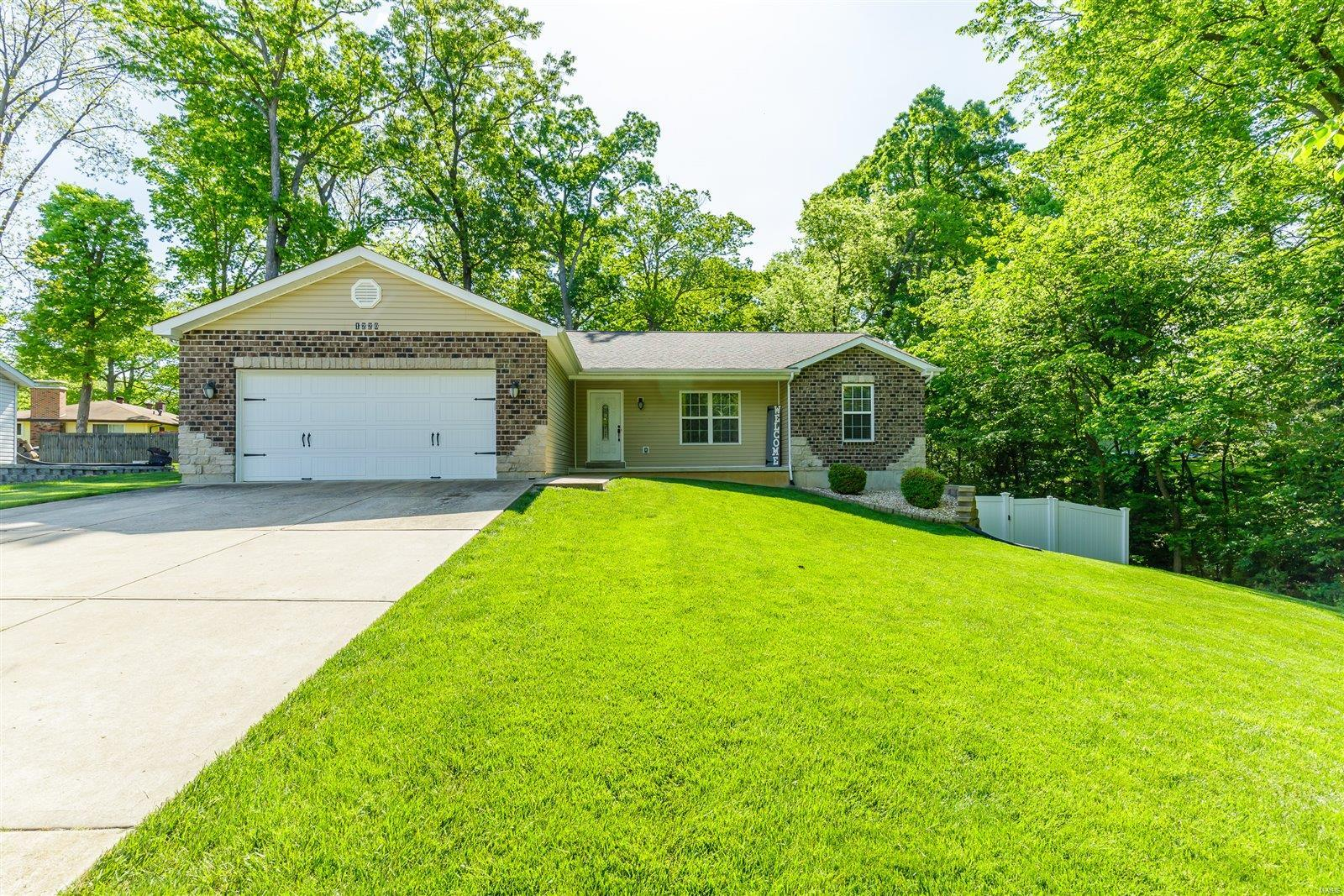 1220 Del Haven Dr Property Photo - Fenton, MO real estate listing