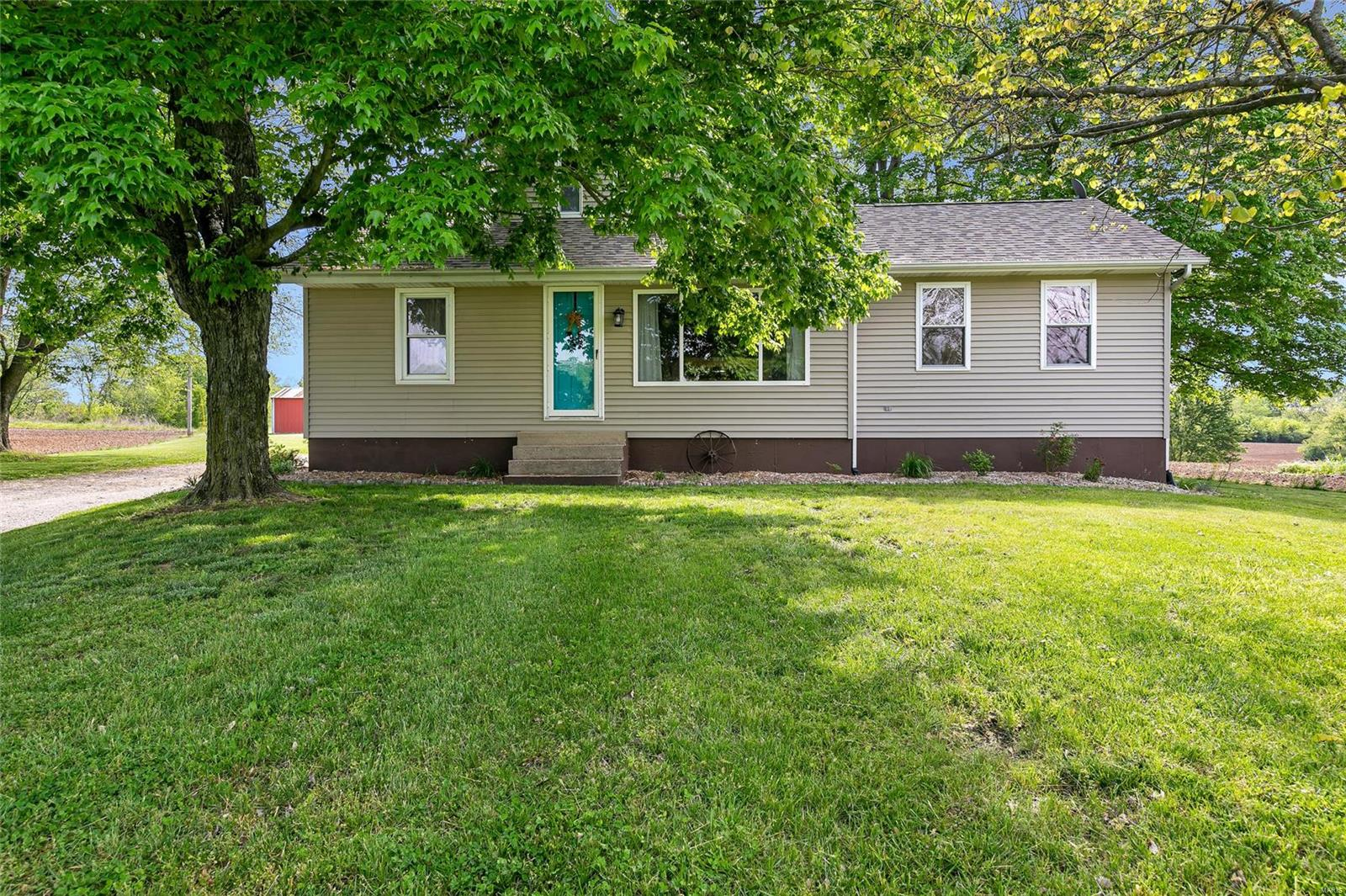 2926 Maus Road Property Photo - Fults, IL real estate listing