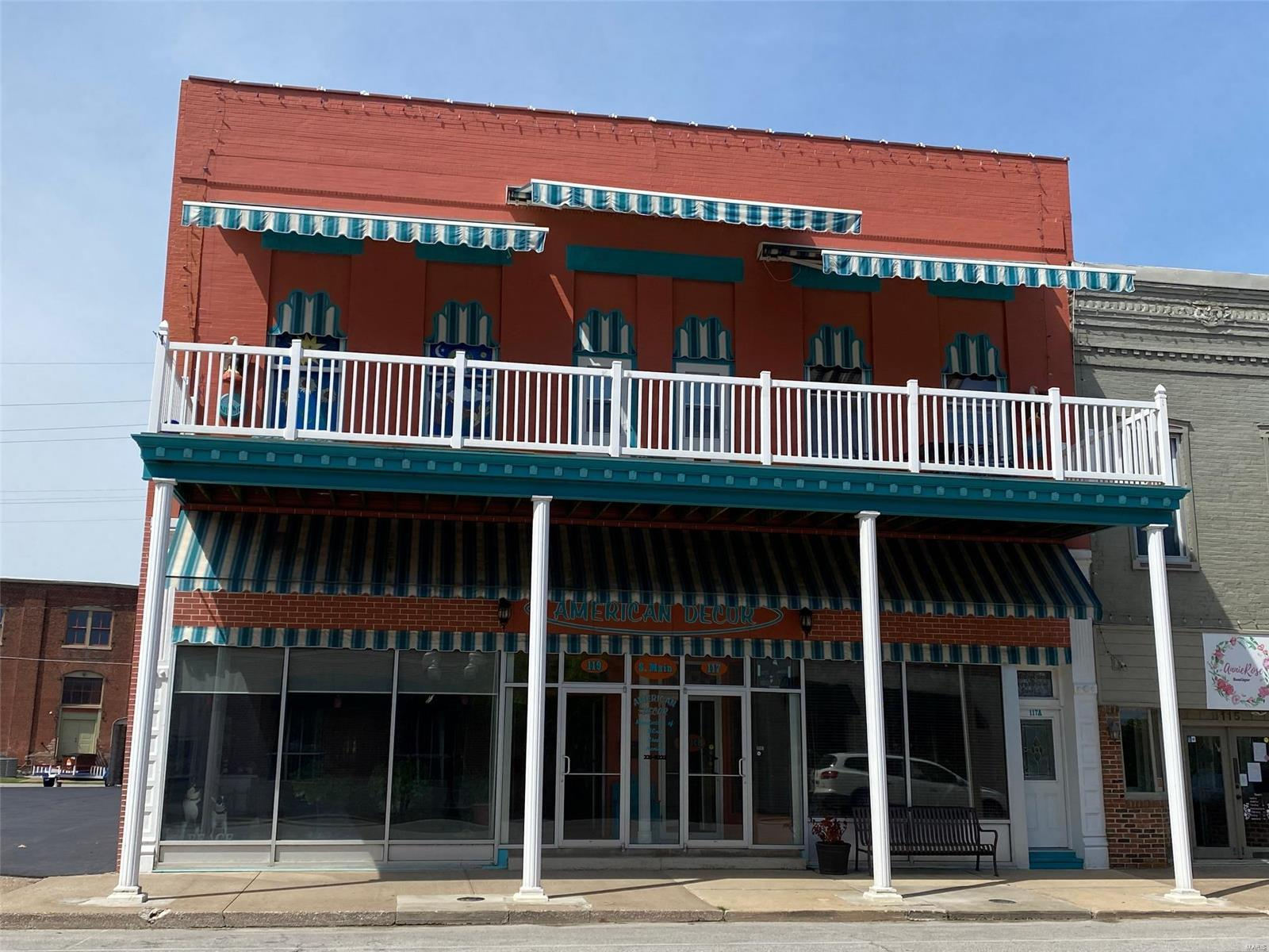 117 S Main Street Property Photo - Hannibal, MO real estate listing