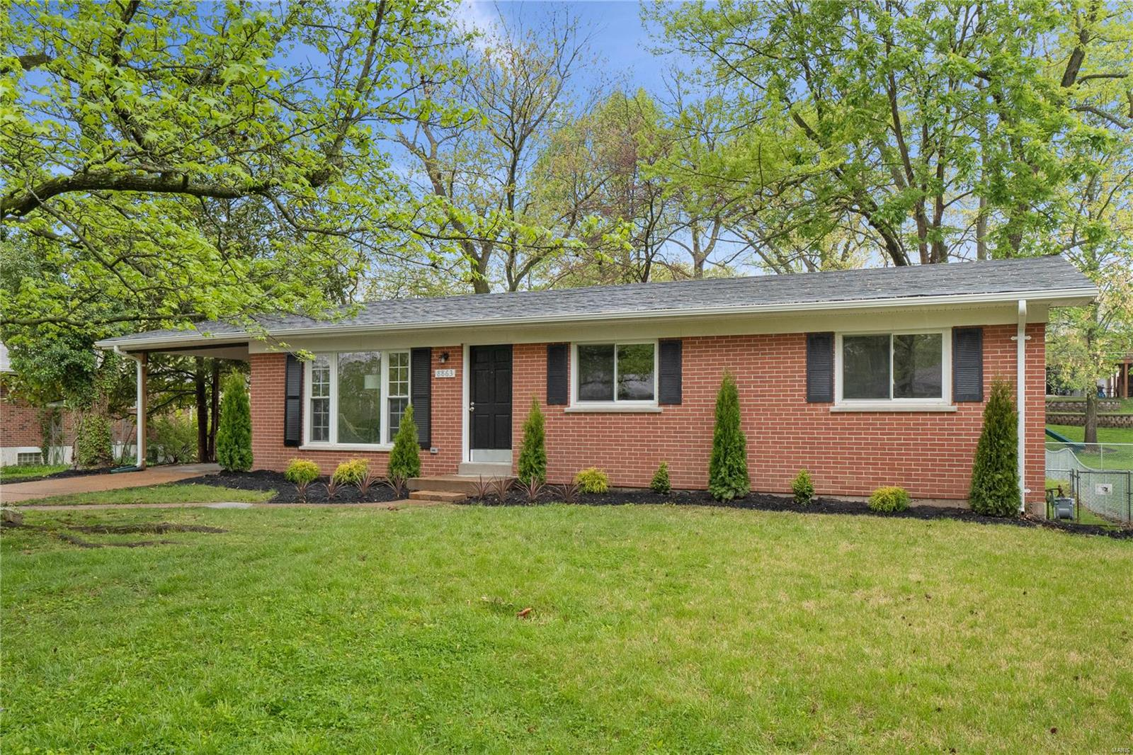 8863 Rusdon Drive Property Photo - Crestwood, MO real estate listing